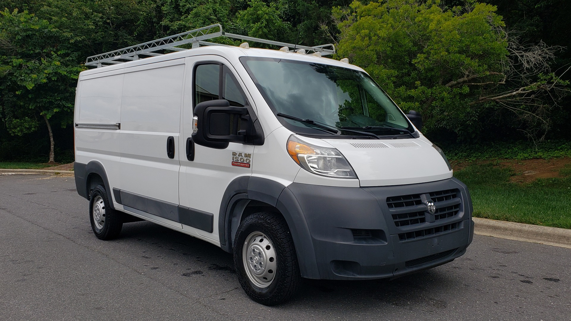 Used 2016 Ram PROMASTER CARGO VAN 136 WB / 3.6L V6 / AUTO / ROOF-RACK / REARVIEW / SEATS 5 for sale $15,995 at Formula Imports in Charlotte NC 28227 4