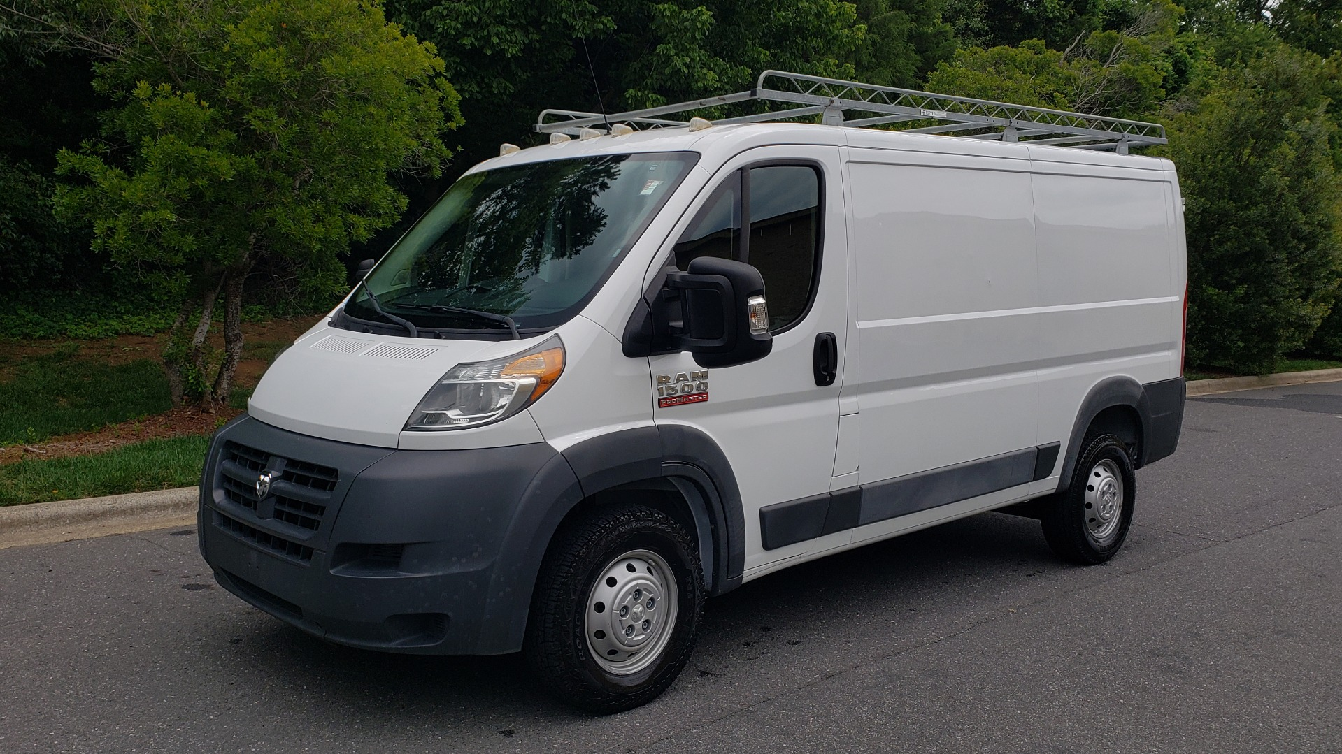 Used 2016 Ram PROMASTER CARGO VAN 136 WB / 3.6L V6 / AUTO / ROOF-RACK / REARVIEW / SEATS 5 for sale $15,995 at Formula Imports in Charlotte NC 28227 1