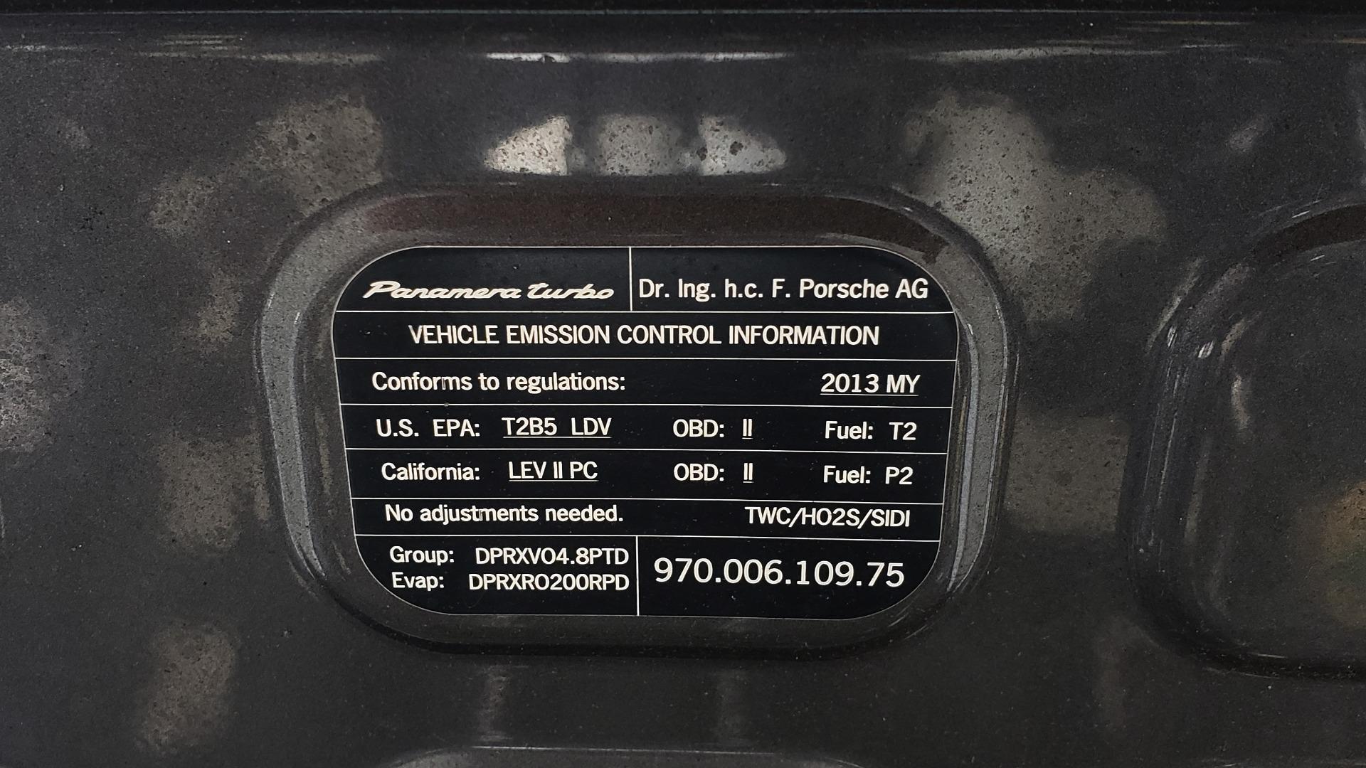 Used 2013 Porsche PANAMERA TURBO 4.8L V8 / AWD / NAV / SUNROOF / LCA / PARK ASST / BURMESTER for sale $45,995 at Formula Imports in Charlotte NC 28227 13