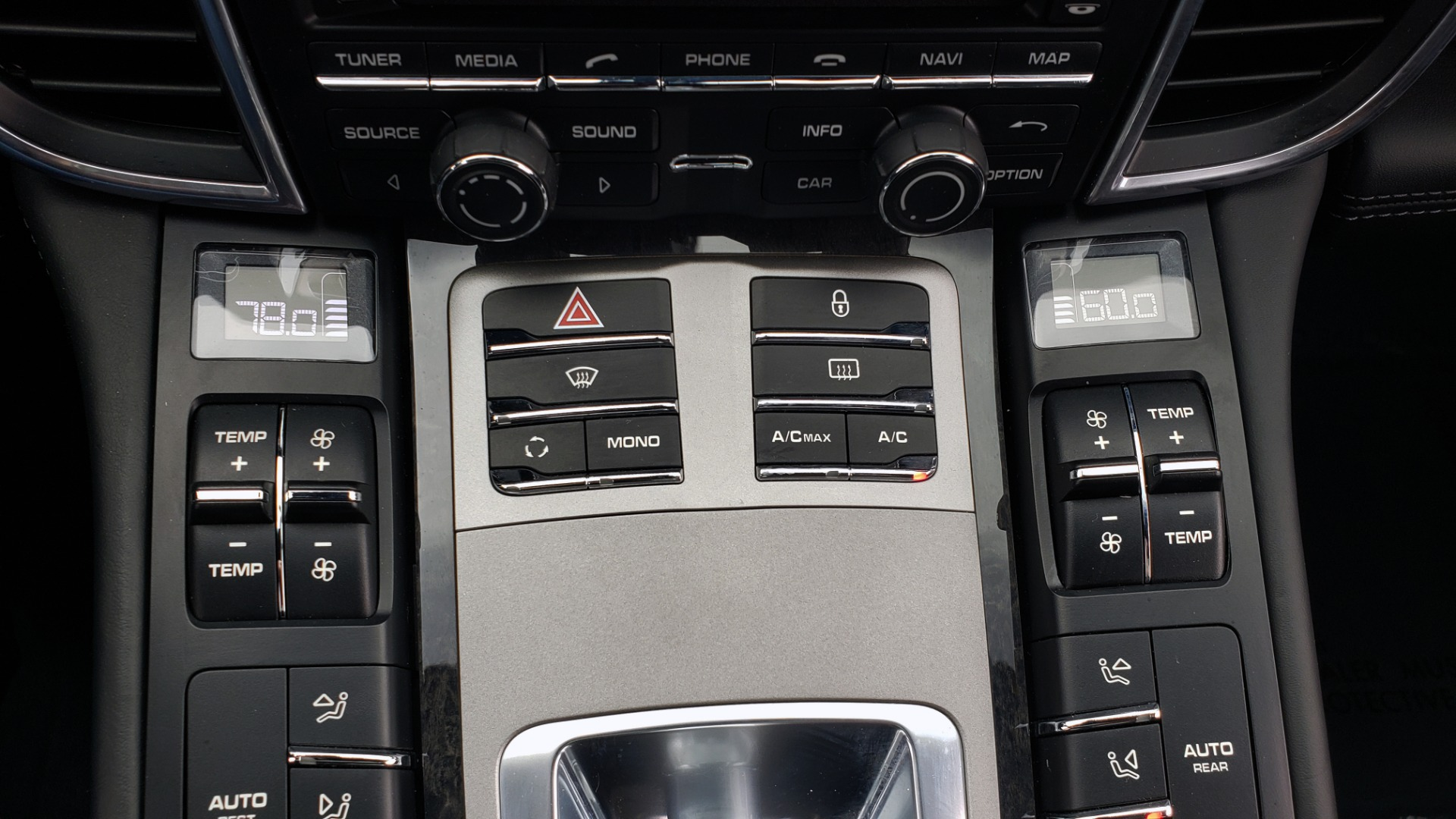 Used 2013 Porsche PANAMERA TURBO 4.8L V8 / AWD / NAV / SUNROOF / LCA / PARK ASST / BURMESTER for sale $45,995 at Formula Imports in Charlotte NC 28227 50