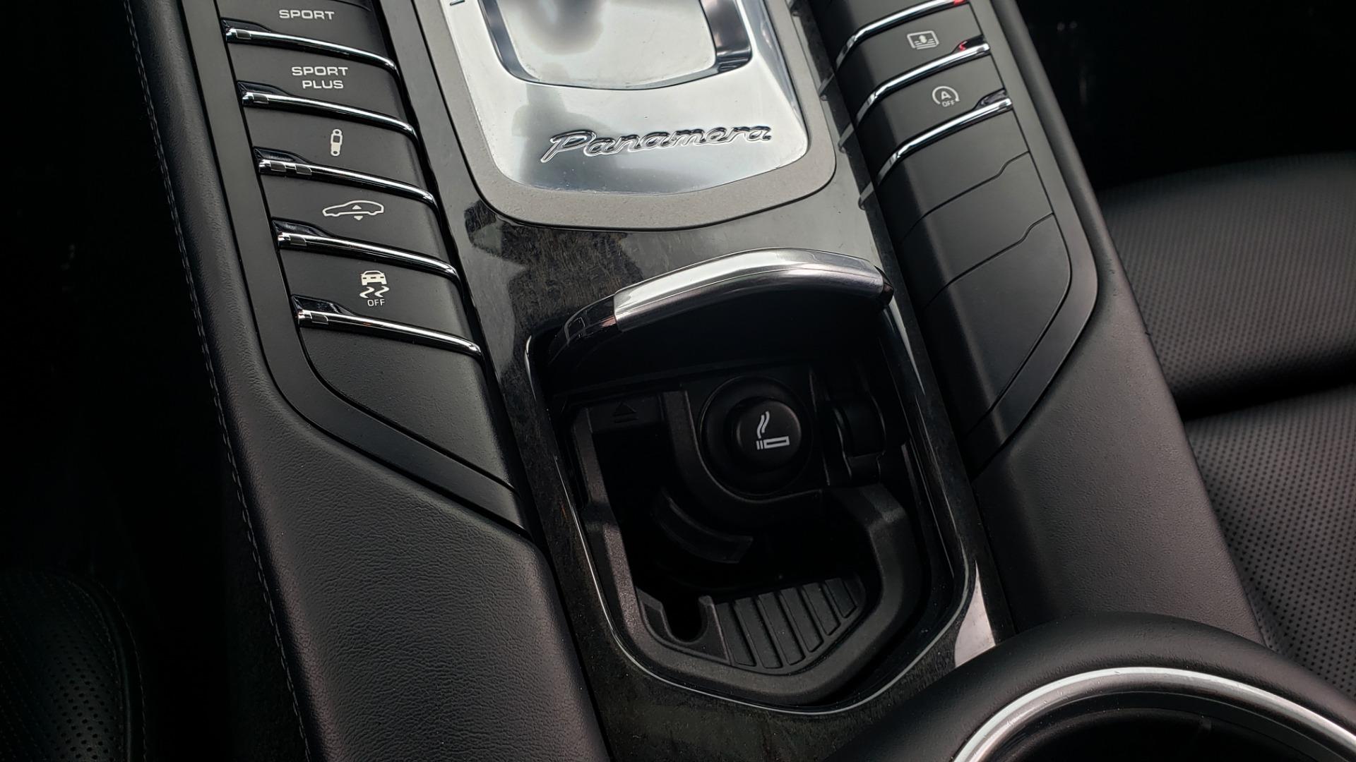 Used 2013 Porsche PANAMERA TURBO 4.8L V8 / AWD / NAV / SUNROOF / LCA / PARK ASST / BURMESTER for sale $45,995 at Formula Imports in Charlotte NC 28227 57