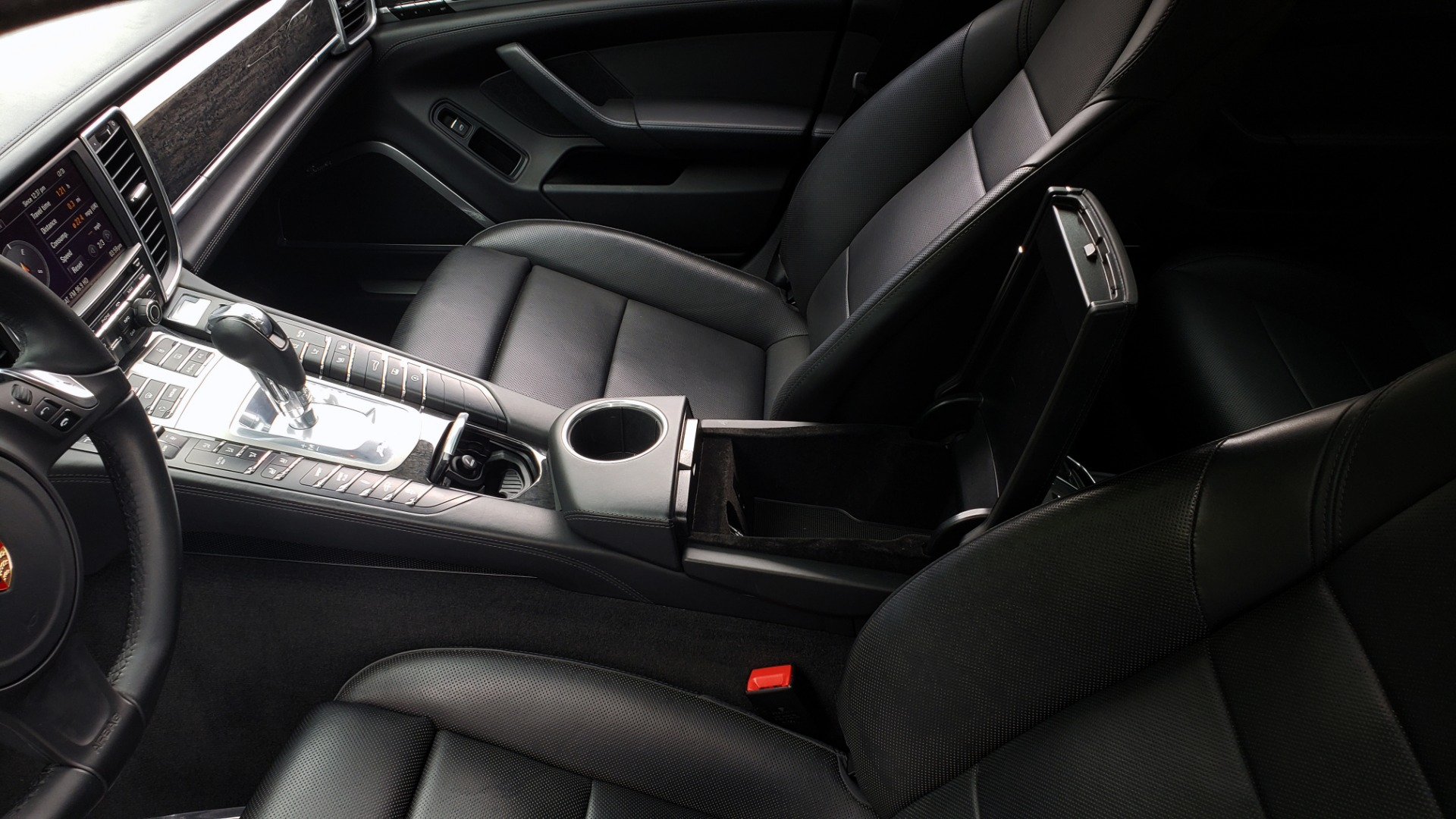 Used 2013 Porsche PANAMERA TURBO 4.8L V8 / AWD / NAV / SUNROOF / LCA / PARK ASST / BURMESTER for sale $45,995 at Formula Imports in Charlotte NC 28227 58