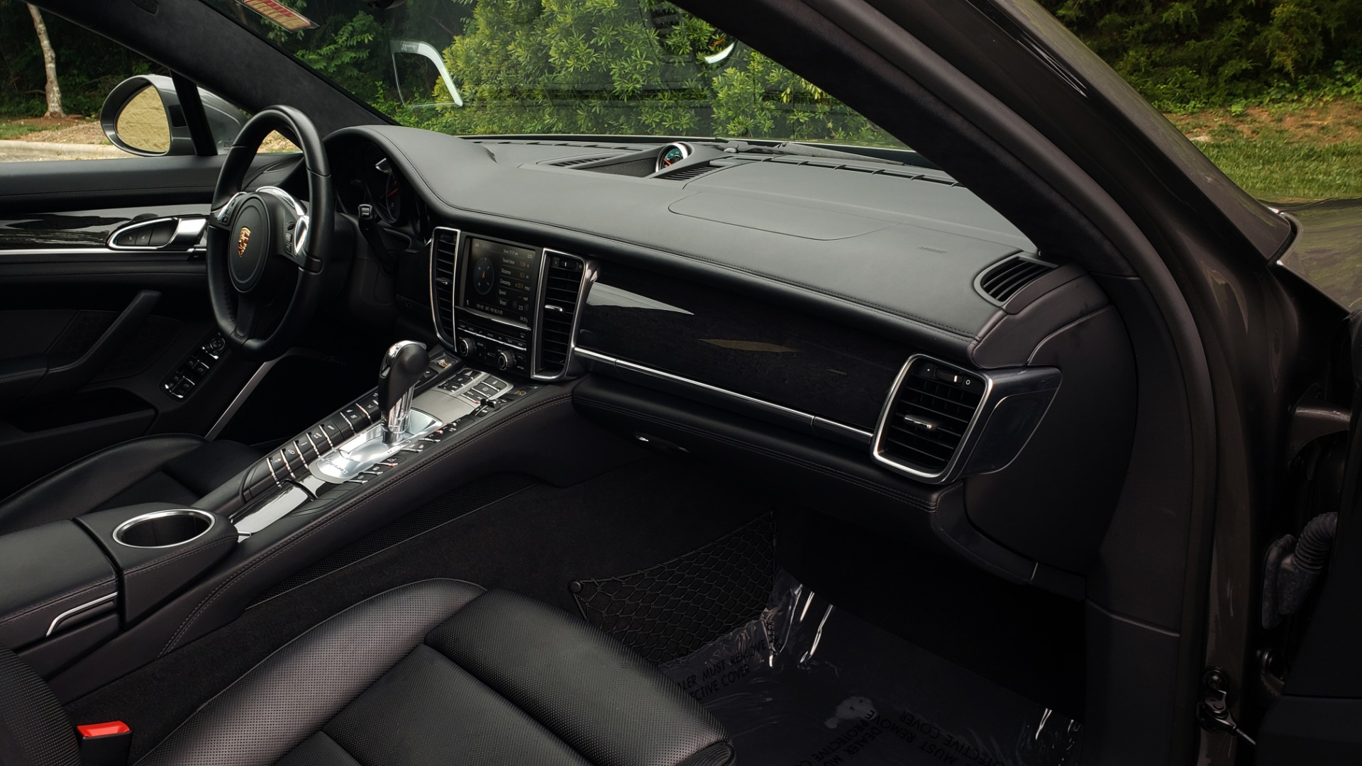 Used 2013 Porsche PANAMERA TURBO 4.8L V8 / AWD / NAV / SUNROOF / LCA / PARK ASST / BURMESTER for sale $45,995 at Formula Imports in Charlotte NC 28227 74