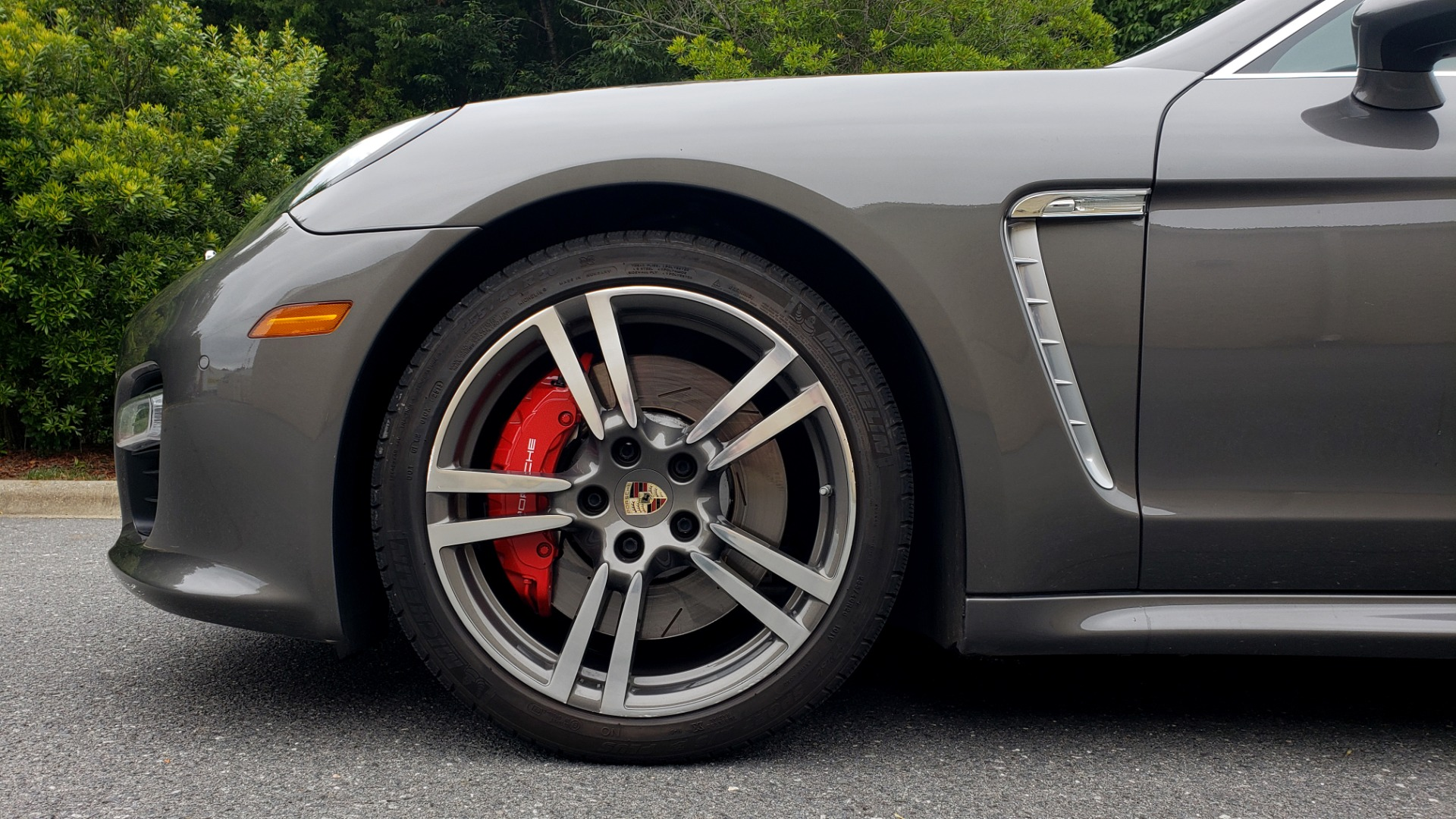 Used 2013 Porsche PANAMERA TURBO 4.8L V8 / AWD / NAV / SUNROOF / LCA / PARK ASST / BURMESTER for sale $45,995 at Formula Imports in Charlotte NC 28227 88