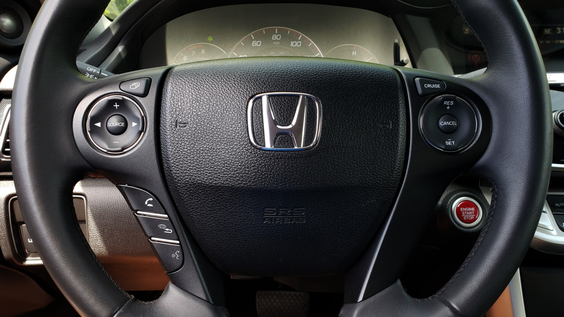 Used 2014 Honda ACCORD COUPE EX-L / 4-CYL / AUTO / SUNROOF / LEATHER / HEATED SEATS for sale Sold at Formula Imports in Charlotte NC 28227 38