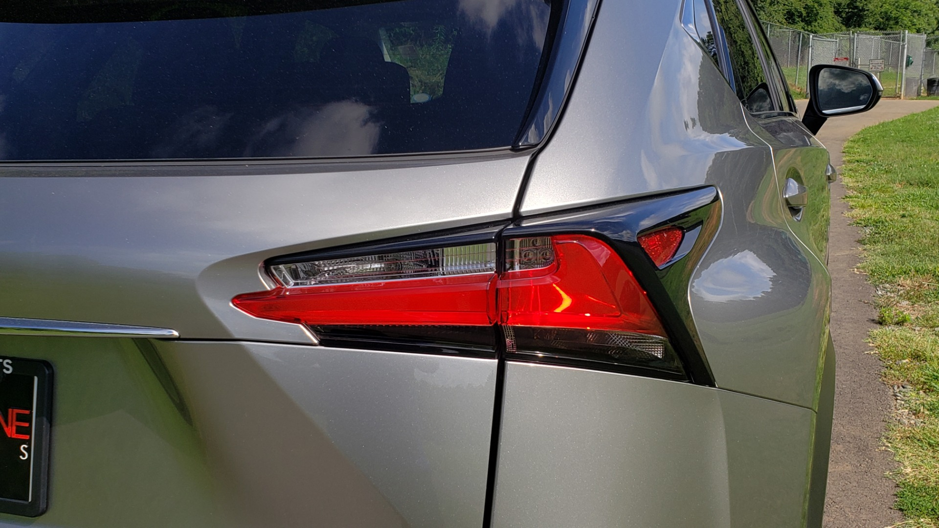 Used 2016 Lexus NX 200T FWD / PREMIUM PKG / SUNROOF / BSM / REARVIEW for sale Sold at Formula Imports in Charlotte NC 28227 29