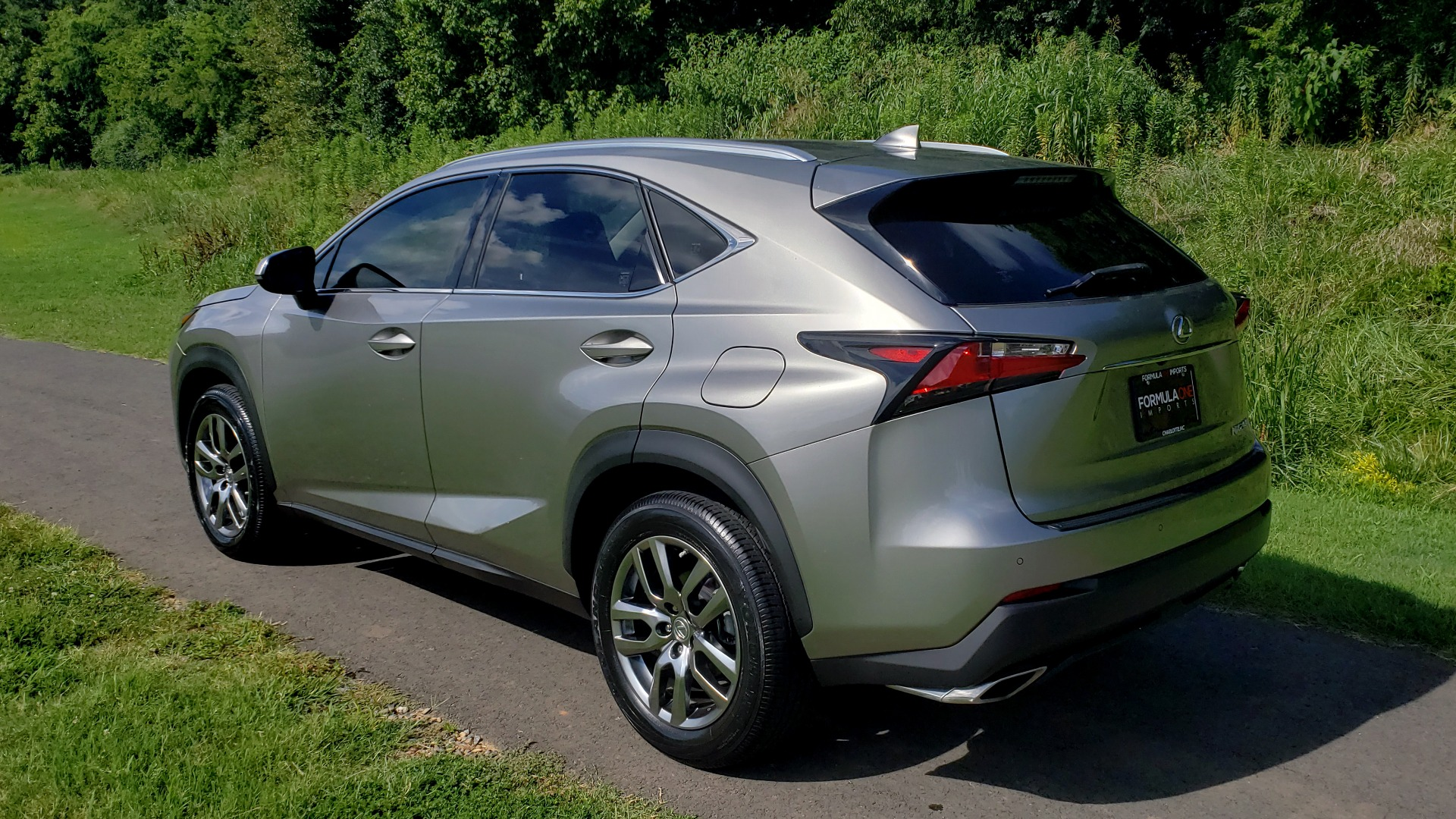 Used 2016 Lexus NX 200T FWD / PREMIUM PKG / SUNROOF / BSM / REARVIEW for sale Sold at Formula Imports in Charlotte NC 28227 3