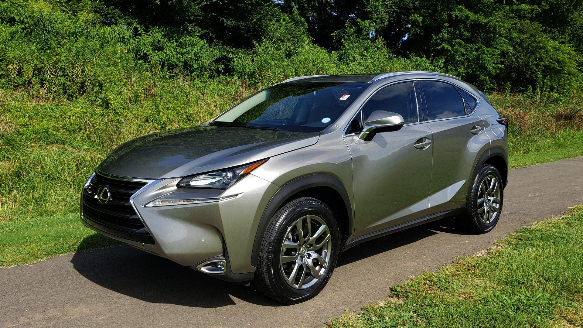 Used 2016 Lexus NX 200T FWD / PREMIUM PKG / SUNROOF / BSM / REARVIEW for sale Sold at Formula Imports in Charlotte NC 28227 1