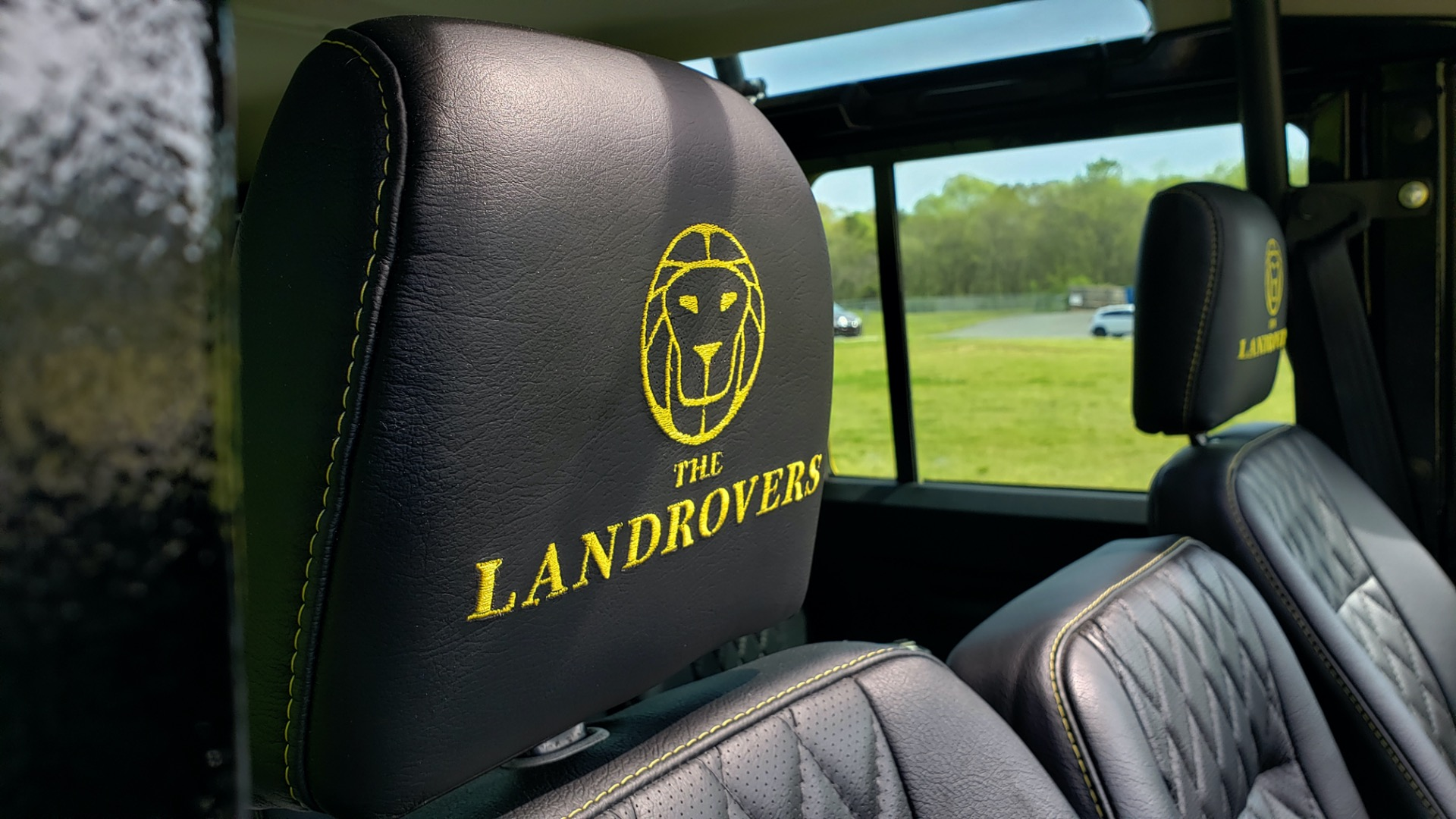 Used 1989 Land Rover Defender 110 4x4 Custom / Fully Restored / Fuel Injected V8 / 5-Spd Man for sale $60,000 at Formula Imports in Charlotte NC 28227 86