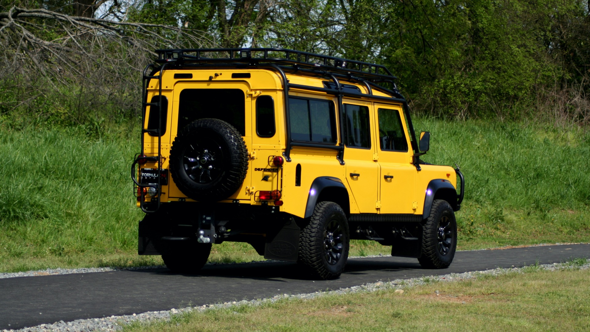 Used 1989 Land Rover Defender 110 4x4 Custom / Fully Restored / Fuel Injected V8 / 5-Spd Man for sale $60,000 at Formula Imports in Charlotte NC 28227 9