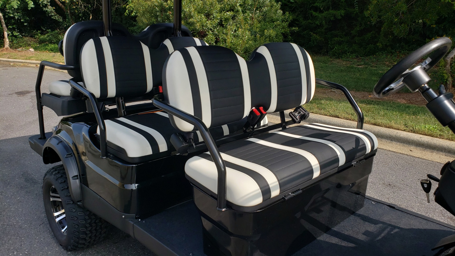 Used 2020 ICON I60L ELECTRIC CAR 3-ROW/6-PASSENGER/LIFTED for sale $10,995 at Formula Imports in Charlotte NC 28227 25