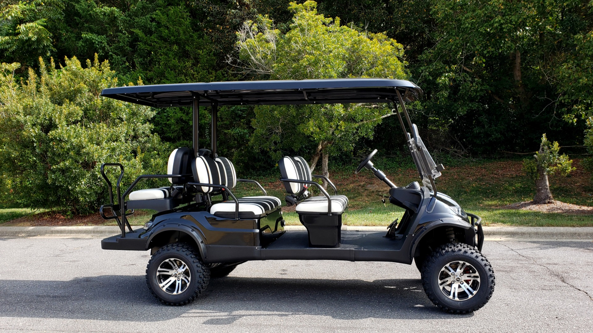 Used 2020 ICON I60L ELECTRIC CAR / 3-ROW / 6-PASSENGER / LIFTED / 28MPH / NEW for sale $10,995 at Formula Imports in Charlotte NC 28227 5