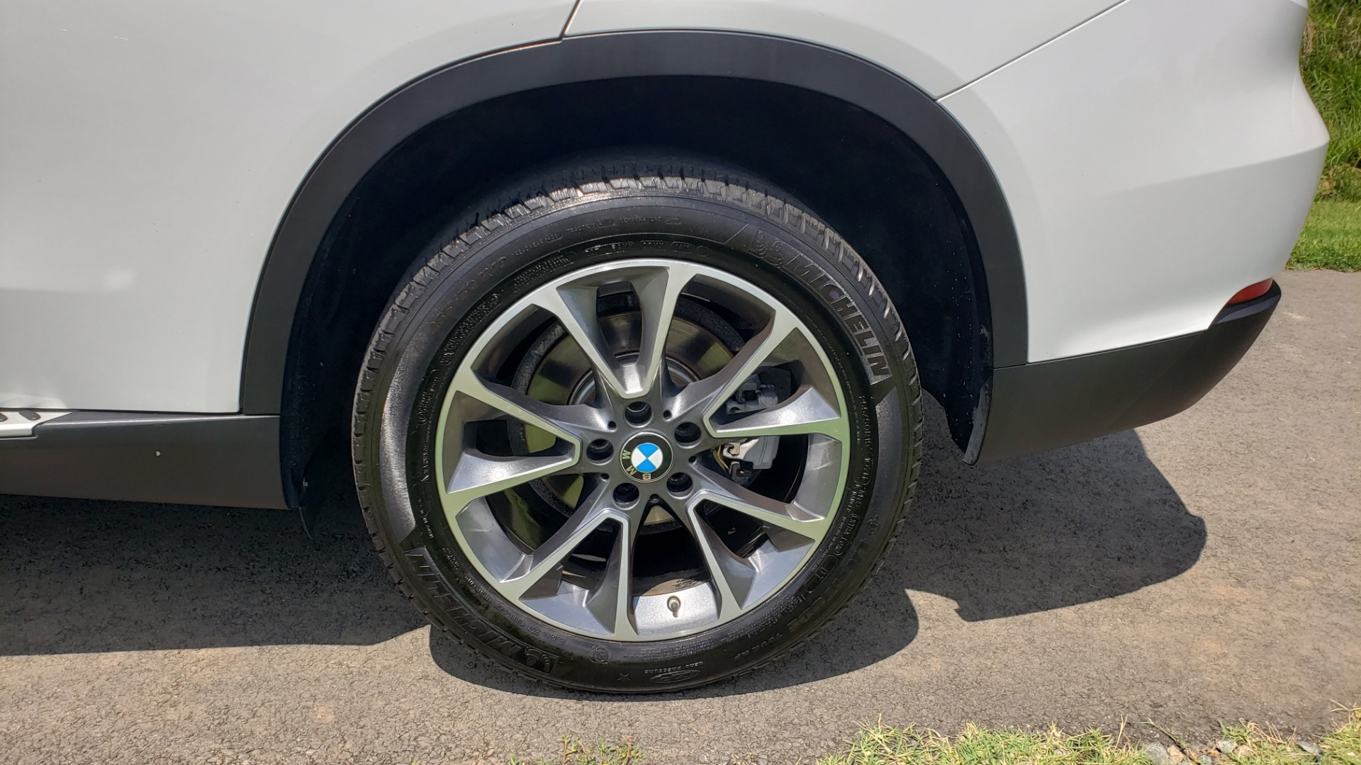 Used 2017 BMW X5 XDRIVE35I / NAV / SUNROOF / RUNNING BOARDS / REARVIEW for sale $33,995 at Formula Imports in Charlotte NC 28227 14