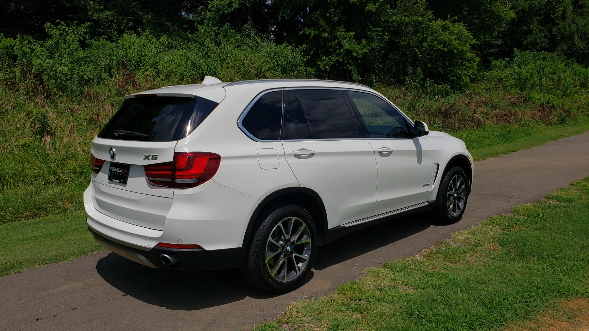 Used 2017 BMW X5 XDRIVE35I / NAV / SUNROOF / RUNNING BOARDS / REARVIEW for sale $33,995 at Formula Imports in Charlotte NC 28227 16