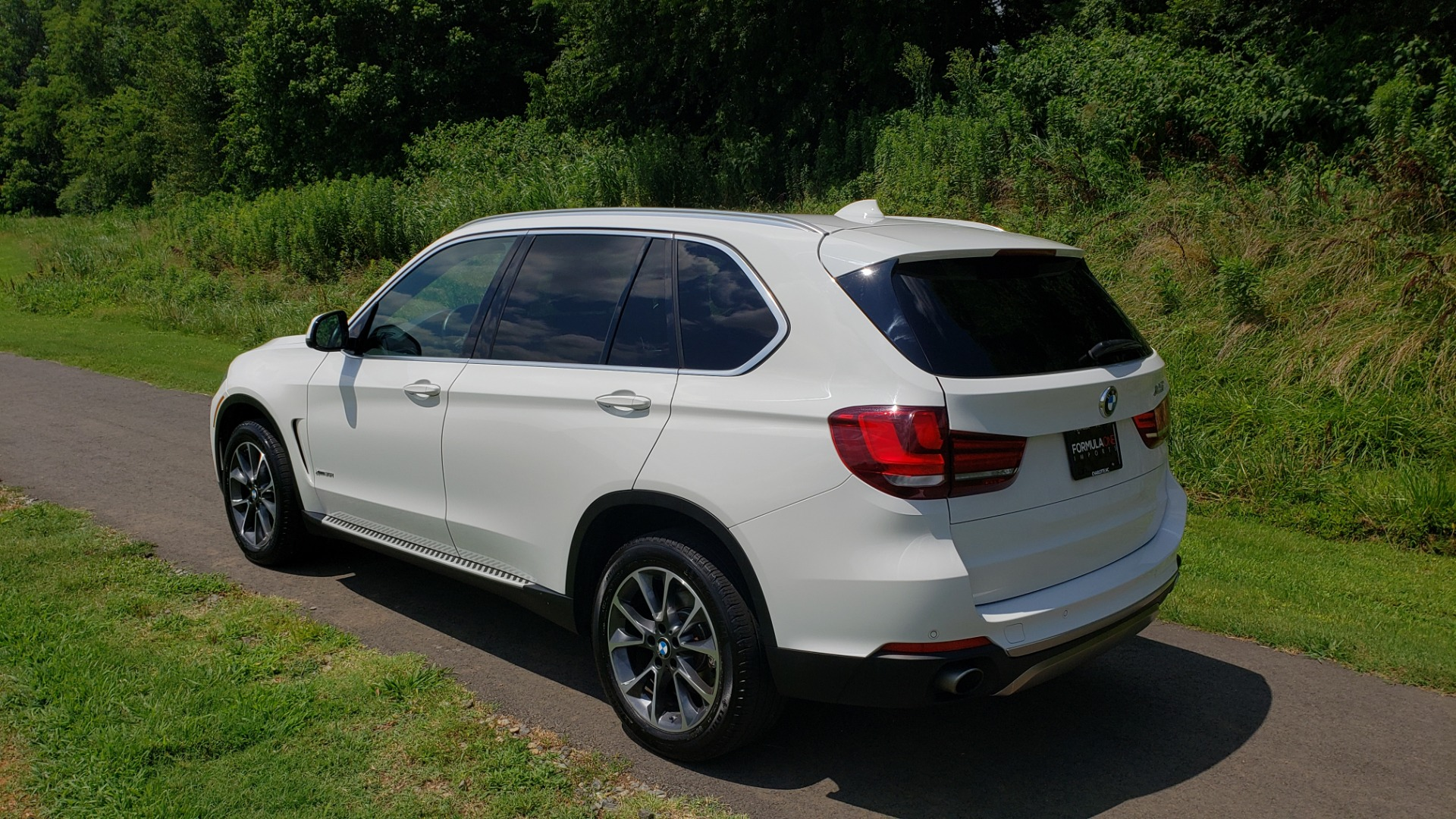 Used 2017 BMW X5 XDRIVE35I / NAV / SUNROOF / RUNNING BOARDS / REARVIEW for sale $33,995 at Formula Imports in Charlotte NC 28227 3