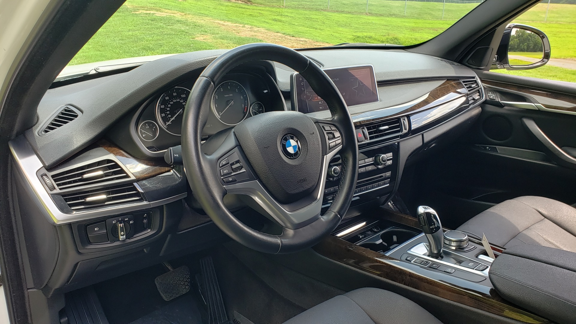 Used 2017 BMW X5 XDRIVE35I / NAV / SUNROOF / RUNNING BOARDS / REARVIEW for sale $33,995 at Formula Imports in Charlotte NC 28227 39
