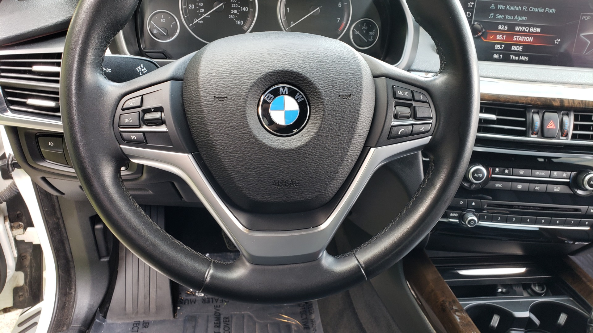 Used 2017 BMW X5 XDRIVE35I / NAV / SUNROOF / RUNNING BOARDS / REARVIEW for sale $33,995 at Formula Imports in Charlotte NC 28227 41