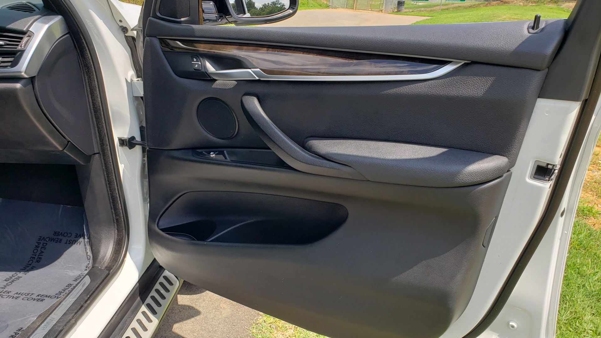 Used 2017 BMW X5 XDRIVE35I / NAV / SUNROOF / RUNNING BOARDS / REARVIEW for sale $33,995 at Formula Imports in Charlotte NC 28227 68