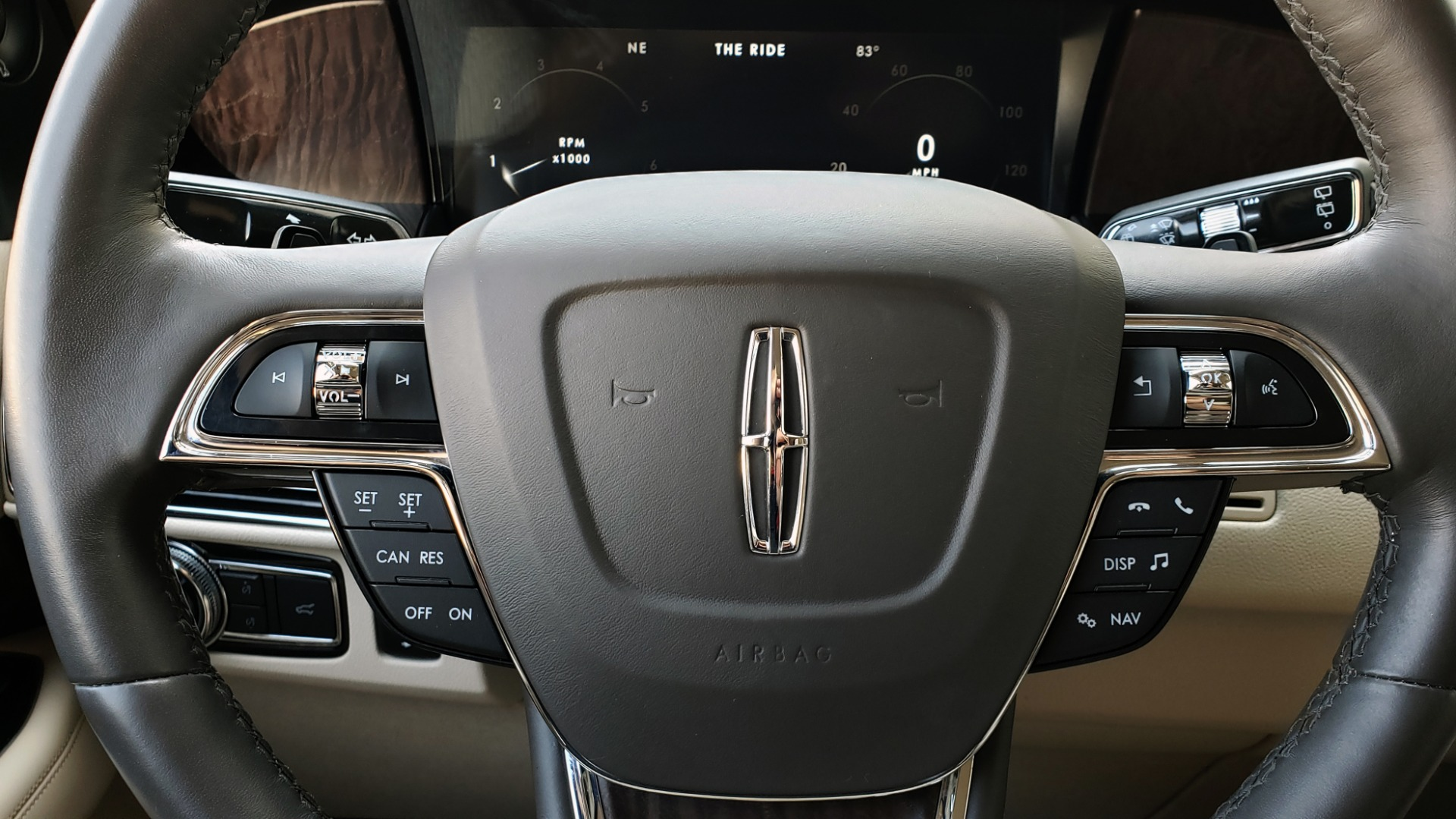 Used 2018 Lincoln NAVIGATOR PREMIERE 4X2 / TWIN-TURBO V6 / NAV / 3-ROW / REARVIEW for sale Sold at Formula Imports in Charlotte NC 28227 46