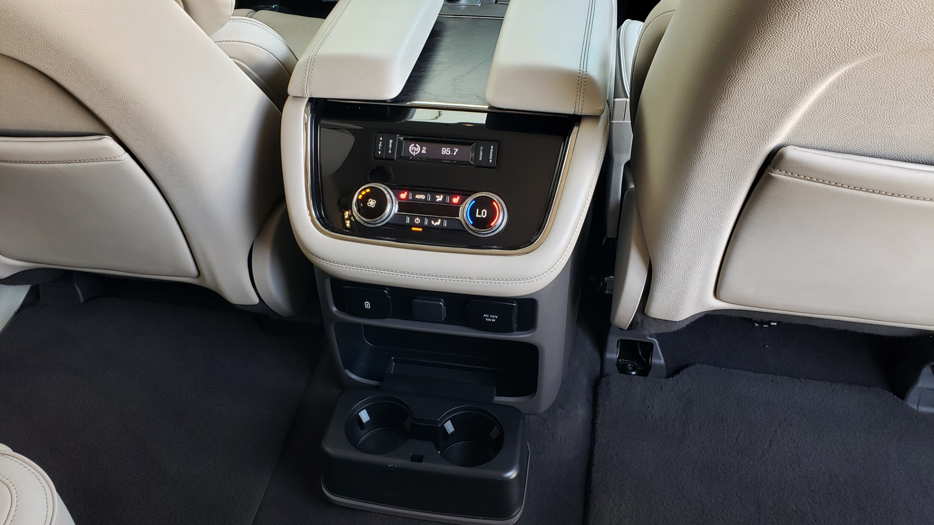 Used 2018 Lincoln NAVIGATOR PREMIERE 4X2 / TWIN-TURBO V6 / NAV / 3-ROW / REARVIEW for sale Sold at Formula Imports in Charlotte NC 28227 85