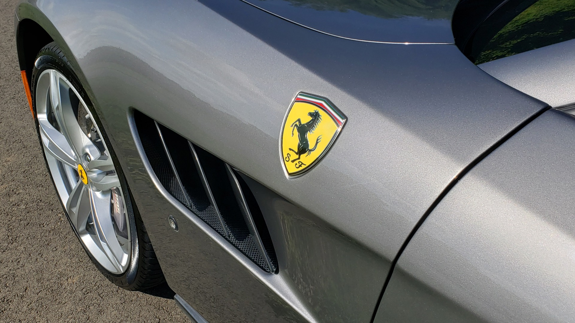 Used 2017 Ferrari GTC4Lusso for sale Sold at Formula Imports in Charlotte NC 28227 11