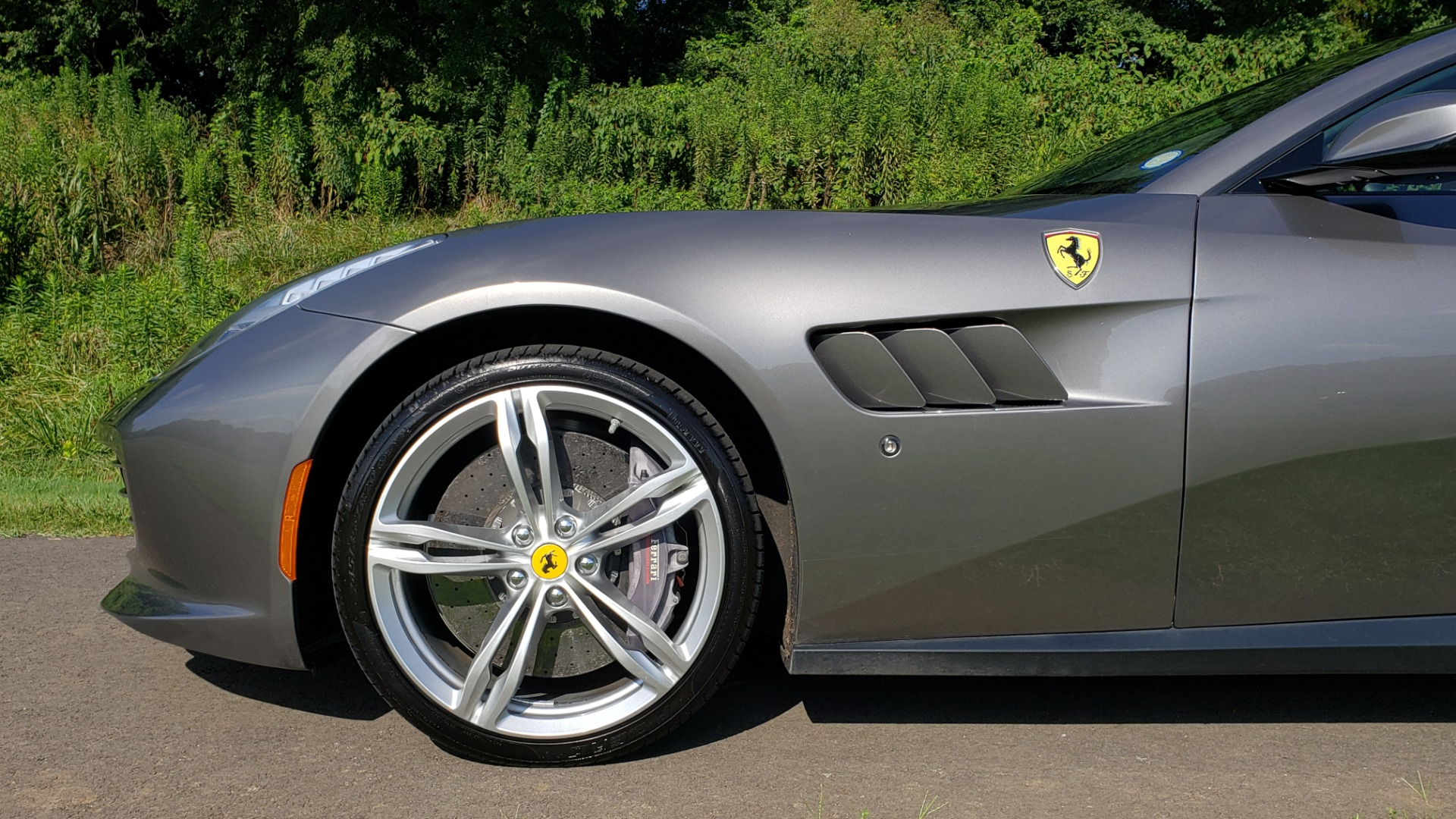 Used 2017 Ferrari GTC4Lusso for sale Sold at Formula Imports in Charlotte NC 28227 91