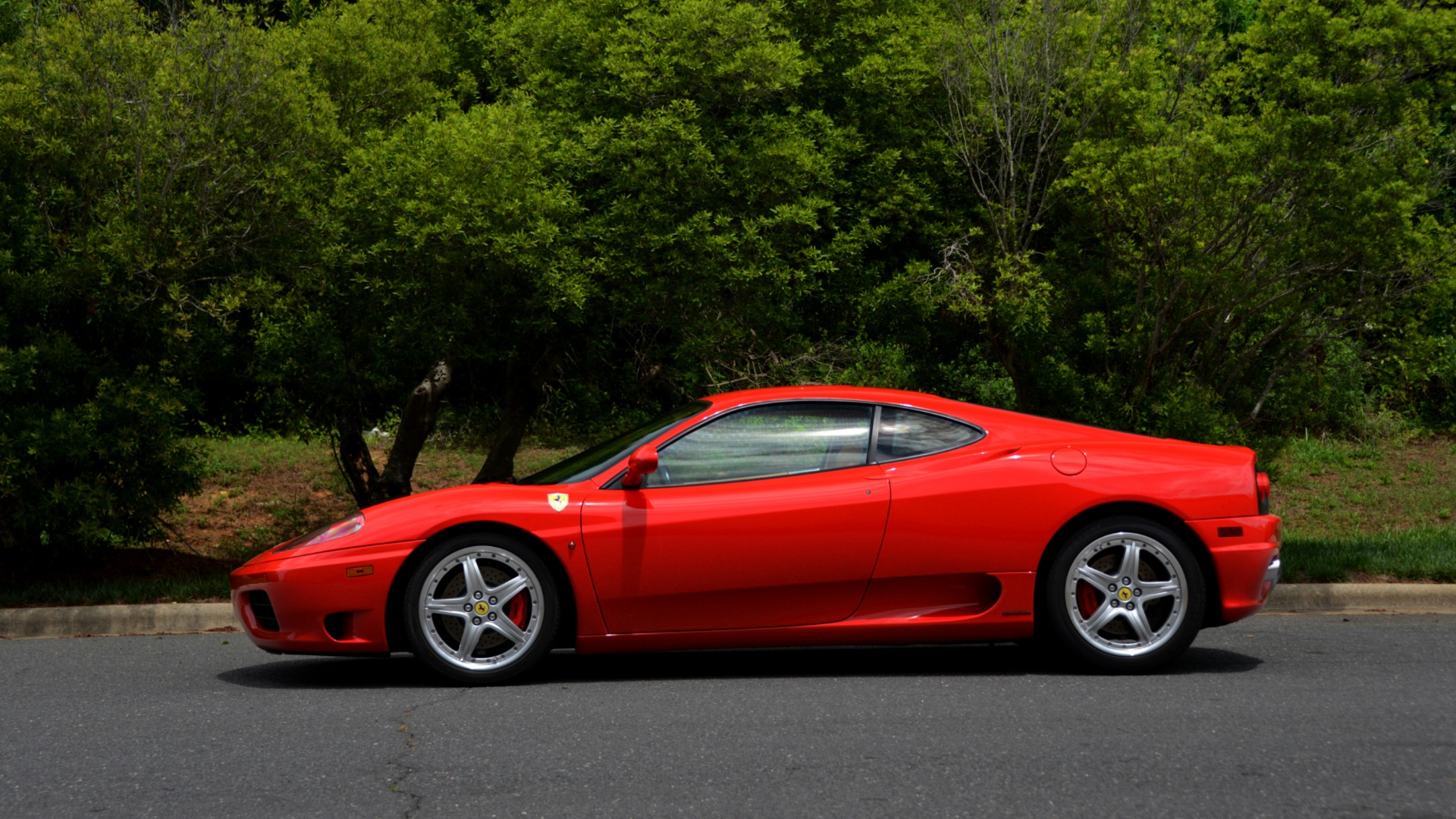 Used 2004 Ferrari 360 MODENA COUPE / GATED 6-SPD MANUAL / SUNROOF / LOW MILES for sale Sold at Formula Imports in Charlotte NC 28227 2
