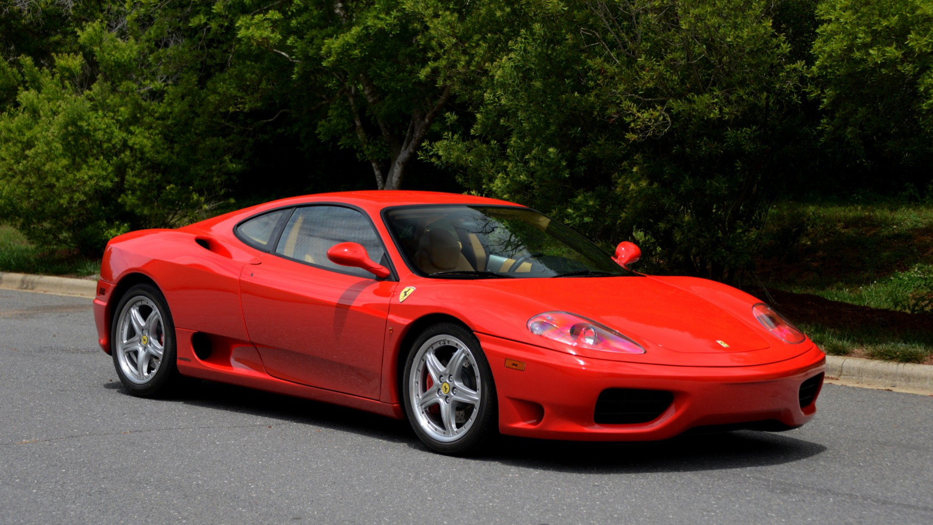 Used 2004 Ferrari 360 MODENA COUPE / GATED 6-SPD MANUAL / SUNROOF / LOW MILES for sale Sold at Formula Imports in Charlotte NC 28227 6