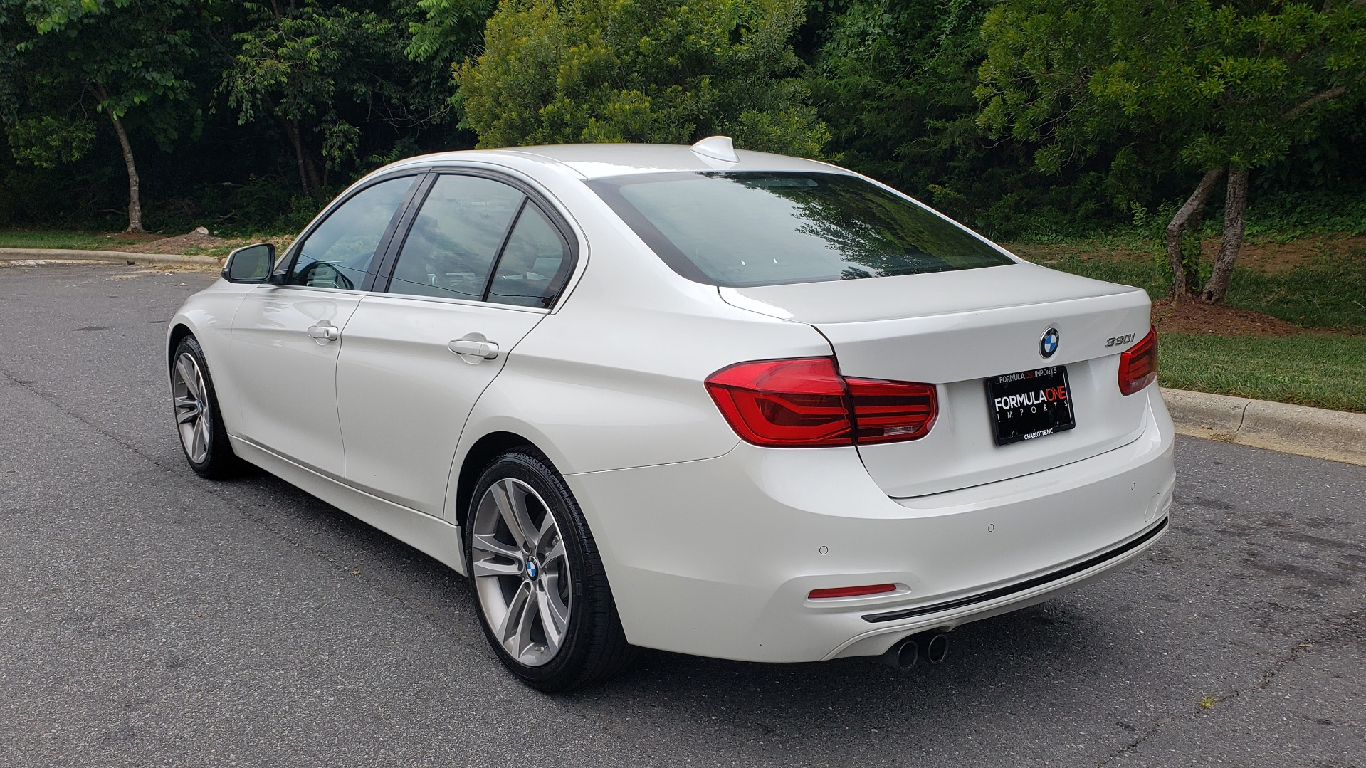 Used 2017 BMW 3 SERIES 330I SPORT / DRIVER ASST / SUNROOF / REARVIEW for sale $21,295 at Formula Imports in Charlotte NC 28227 3