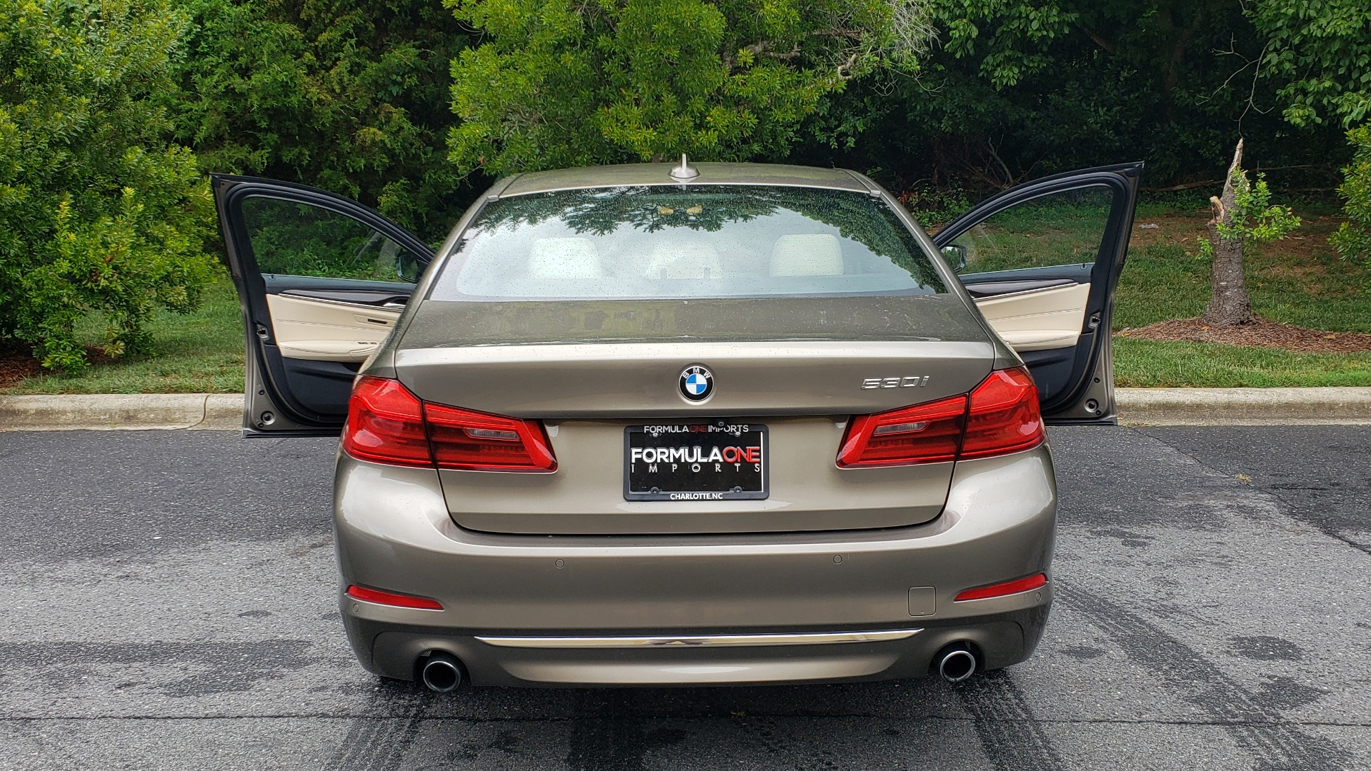 Used 2017 BMW 5 SERIES 530I PREMIUM / NAV / SUNROOF / DRVR ASST PLUS II / LUXURY for sale Sold at Formula Imports in Charlotte NC 28227 28