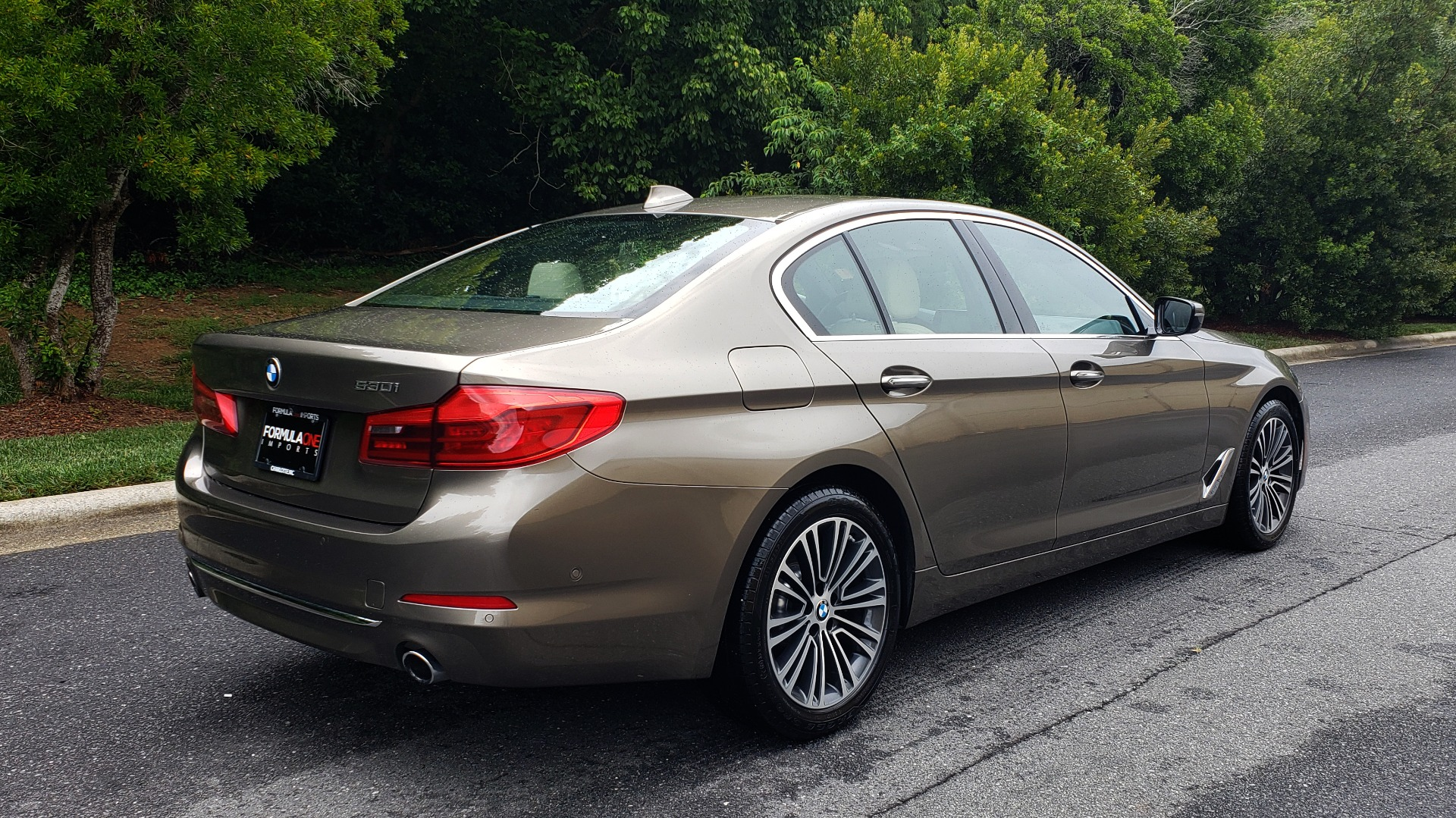 Used 2017 BMW 5 SERIES 530I PREMIUM / NAV / SUNROOF / DRVR ASST PLUS II / LUXURY for sale Sold at Formula Imports in Charlotte NC 28227 9