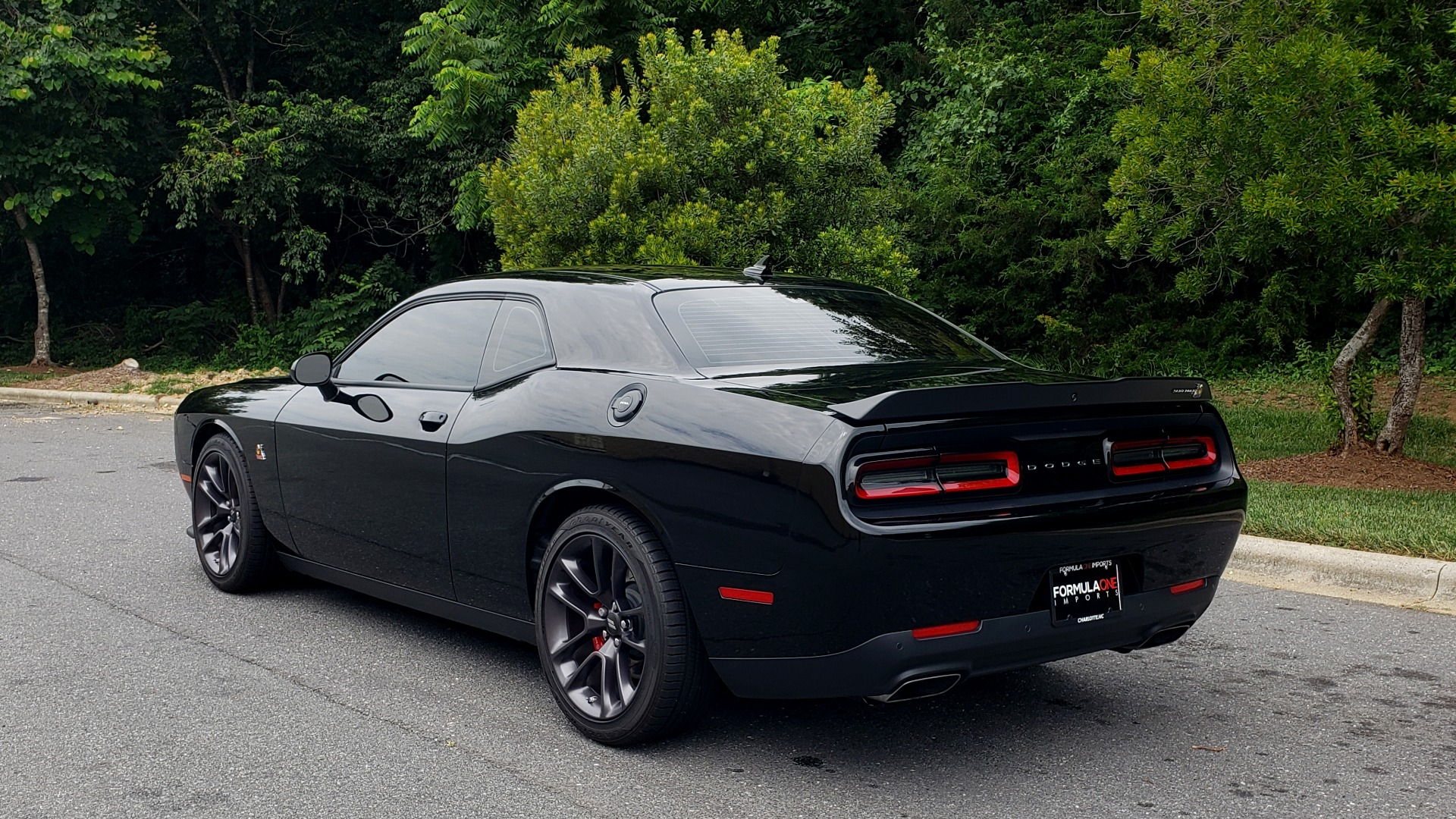 Used 2020 Dodge Challenger R/T Scat Pack for sale $42,995 at Formula Imports in Charlotte NC 28227 6