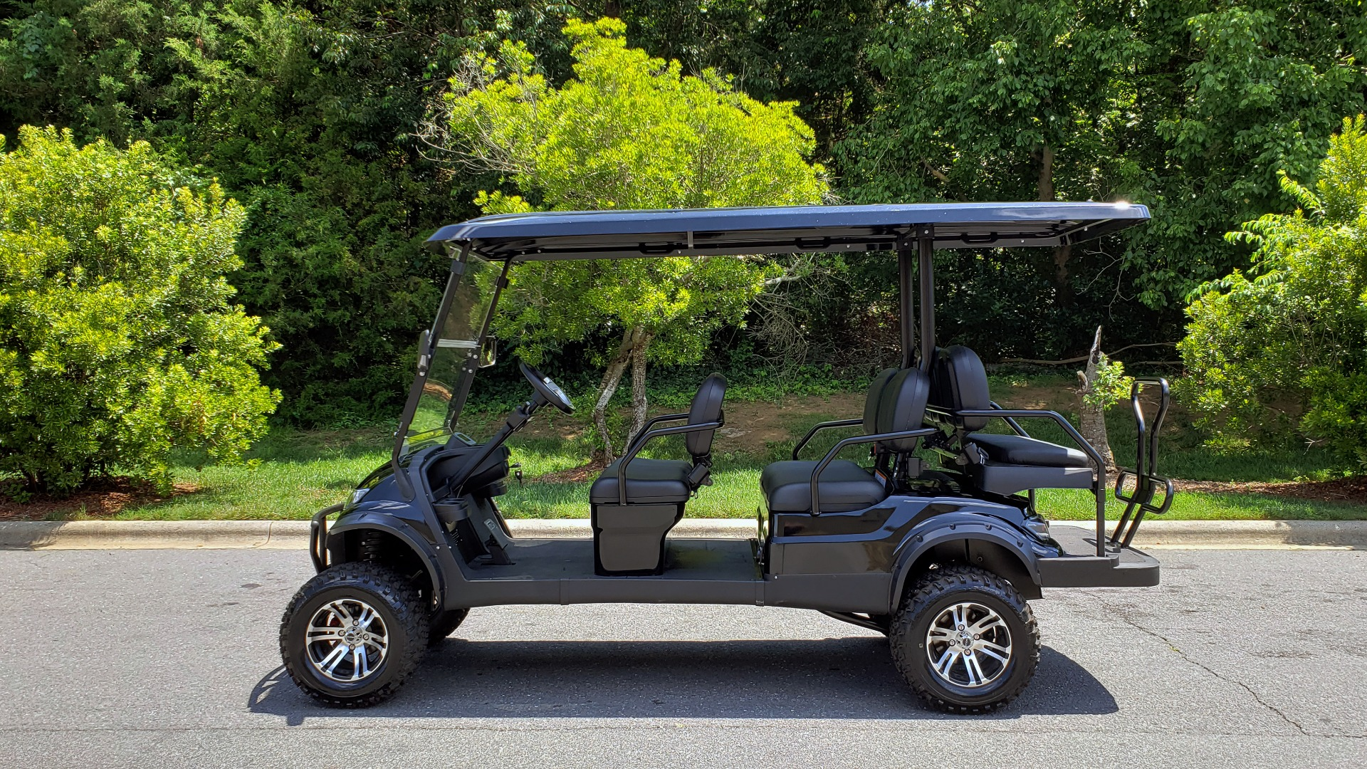 Used 2019 ICON ELECTRIC CAR 3-ROW / 6-PASSENGER / LIFTED for sale $10,900 at Formula Imports in Charlotte NC 28227 2