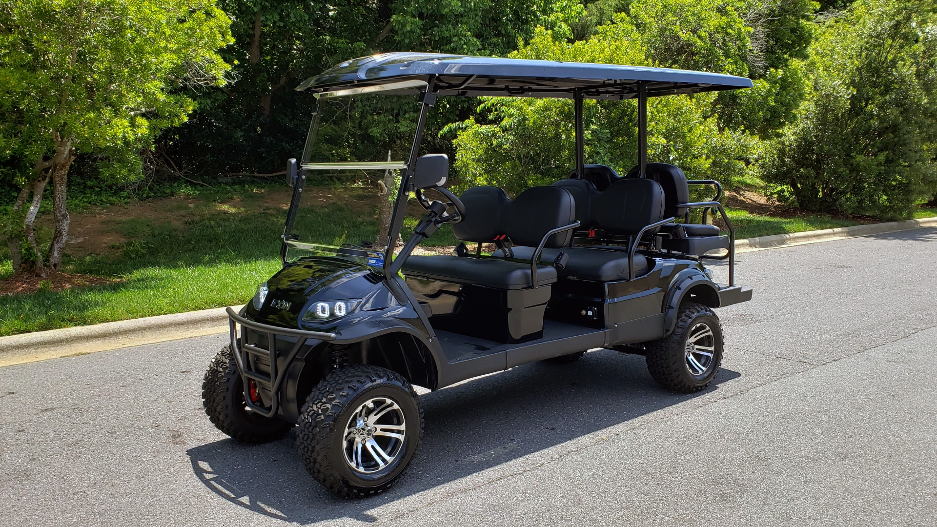 Used 2019 ICON ELECTRIC CAR 3-ROW / 6-PASSENGER / LIFTED for sale $10,900 at Formula Imports in Charlotte NC 28227 1
