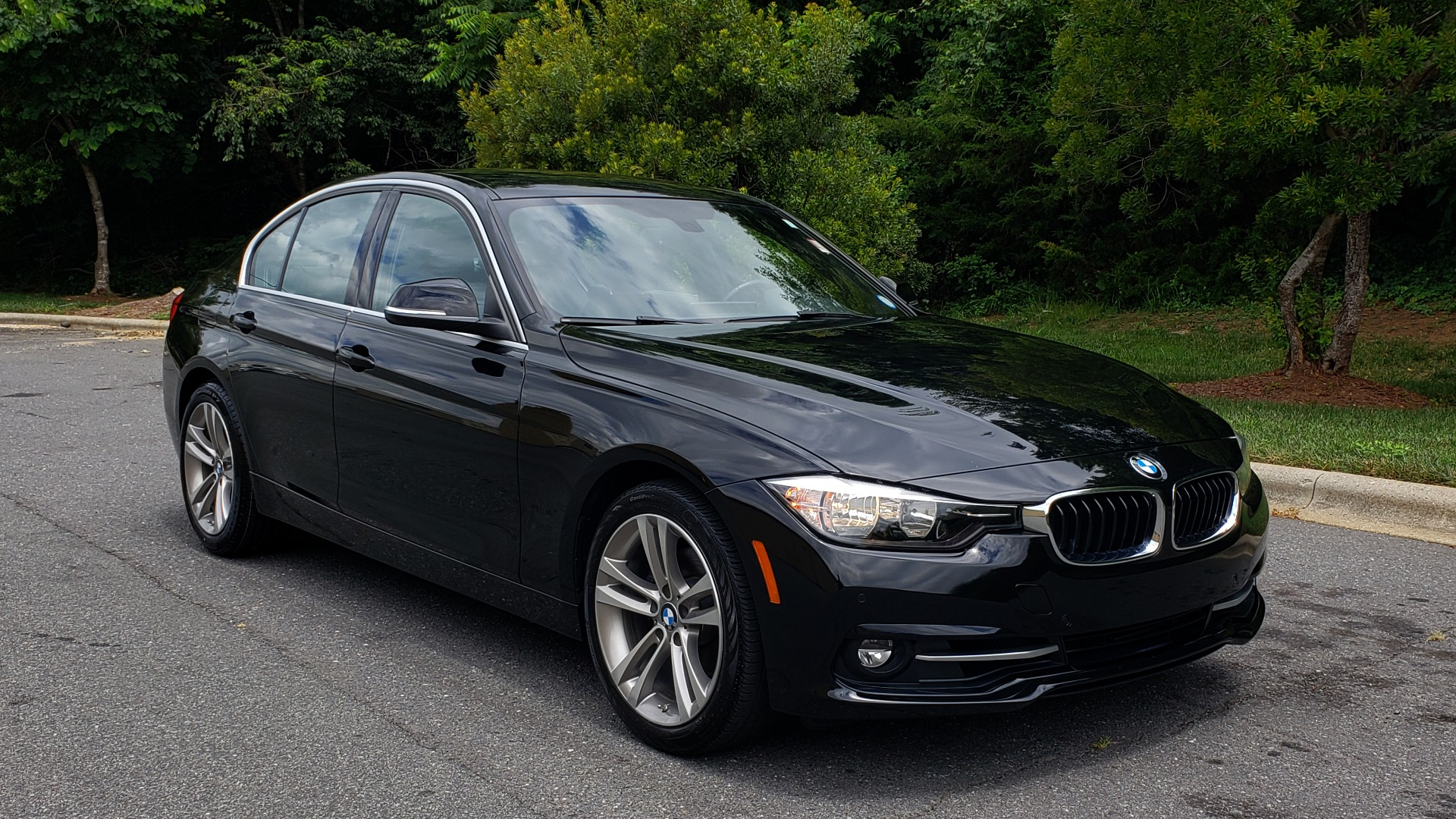 Used 2017 BMW 3 SERIES 330I SPORT / NAV / LEATHER / REARVIEW / PARK DIST CNTRL for sale Sold at Formula Imports in Charlotte NC 28227 4