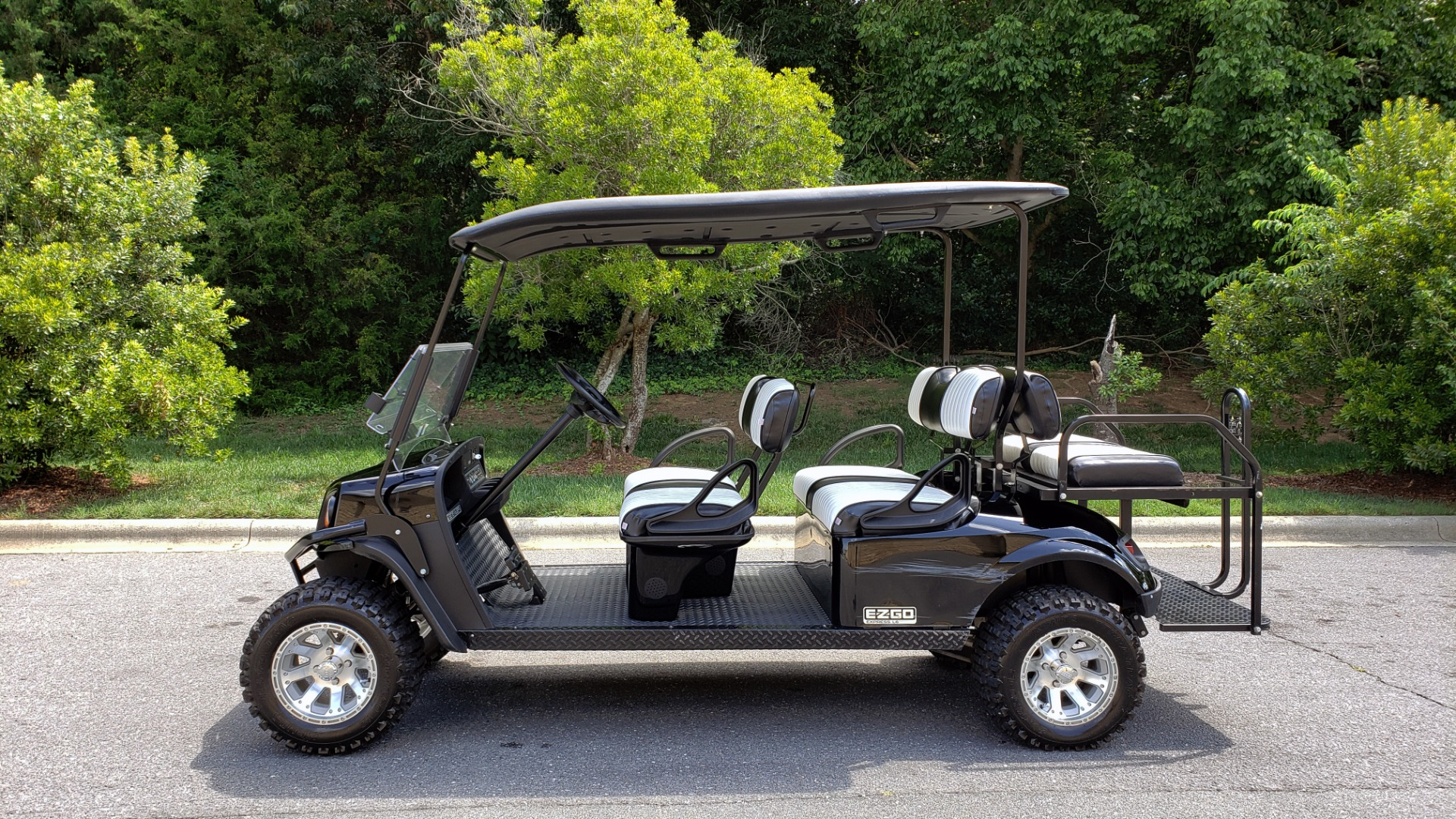 Used 2015 E-Z-GO EXPRESS J6 GOLF CART / 3-ROW / SEATS 6 / 12IN ALLOY WHEELS for sale Sold at Formula Imports in Charlotte NC 28227 2