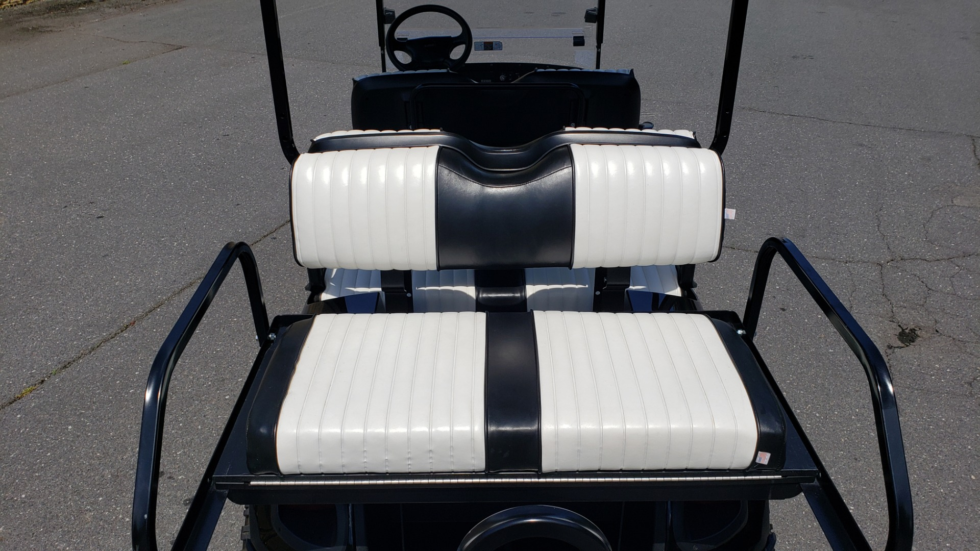Used 2015 E-Z-GO EXPRESS J6 GOLF CART / 3-ROW / SEATS 6 / 12IN ALLOY WHEELS for sale $8,500 at Formula Imports in Charlotte NC 28227 22