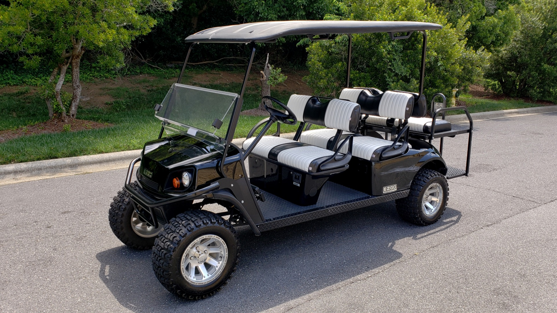 Used 2015 E-Z-GO EXPRESS J6 GOLF CART / 3-ROW / SEATS 6 / 12IN ALLOY WHEELS for sale Sold at Formula Imports in Charlotte NC 28227 1