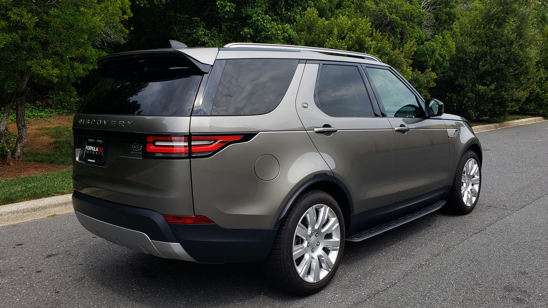 Used 2018 Land Rover DISCOVERY HSE / NAV / DRV PKG / VISION / CLIMATE / CAPABILITY / 3-ROW for sale Sold at Formula Imports in Charlotte NC 28227 6