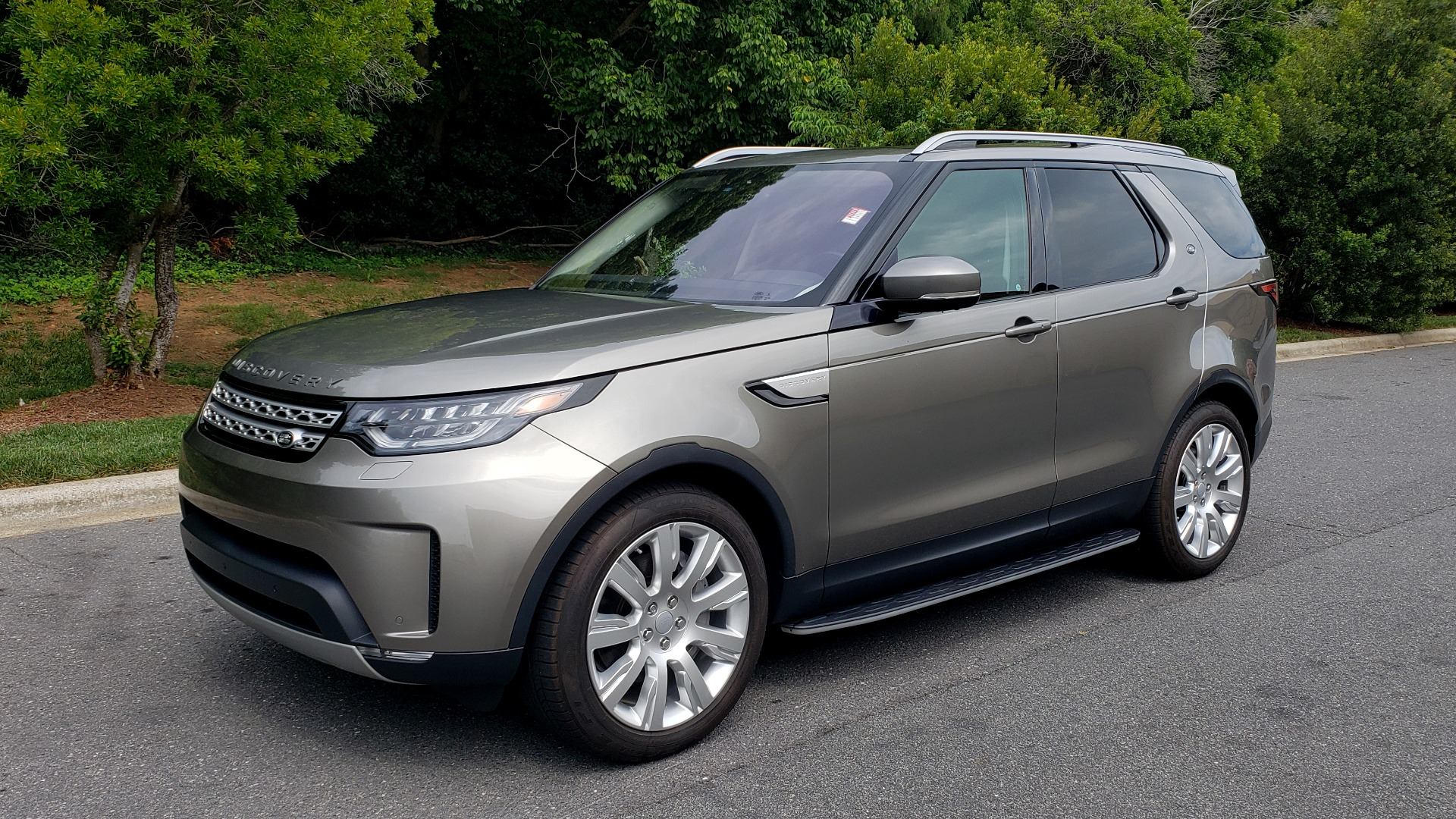 Used 2018 Land Rover DISCOVERY HSE / NAV / DRV PKG / VISION / CLIMATE / CAPABILITY / 3-ROW for sale Sold at Formula Imports in Charlotte NC 28227 1