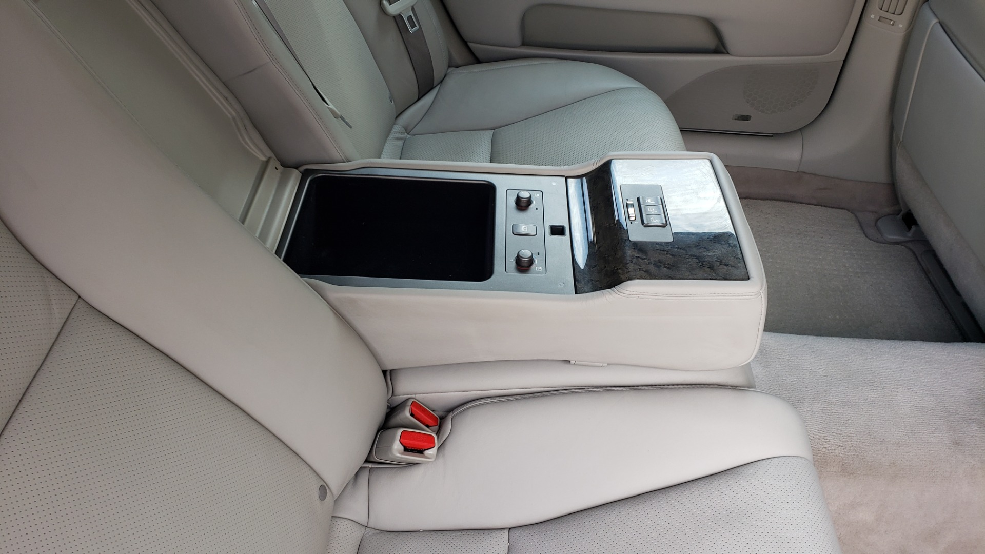 Used 2007 Lexus LS 460 LWB / LUX / NAV / SUNROOF / MARK LEVINSON SND / AIR SUSP for sale Sold at Formula Imports in Charlotte NC 28227 76