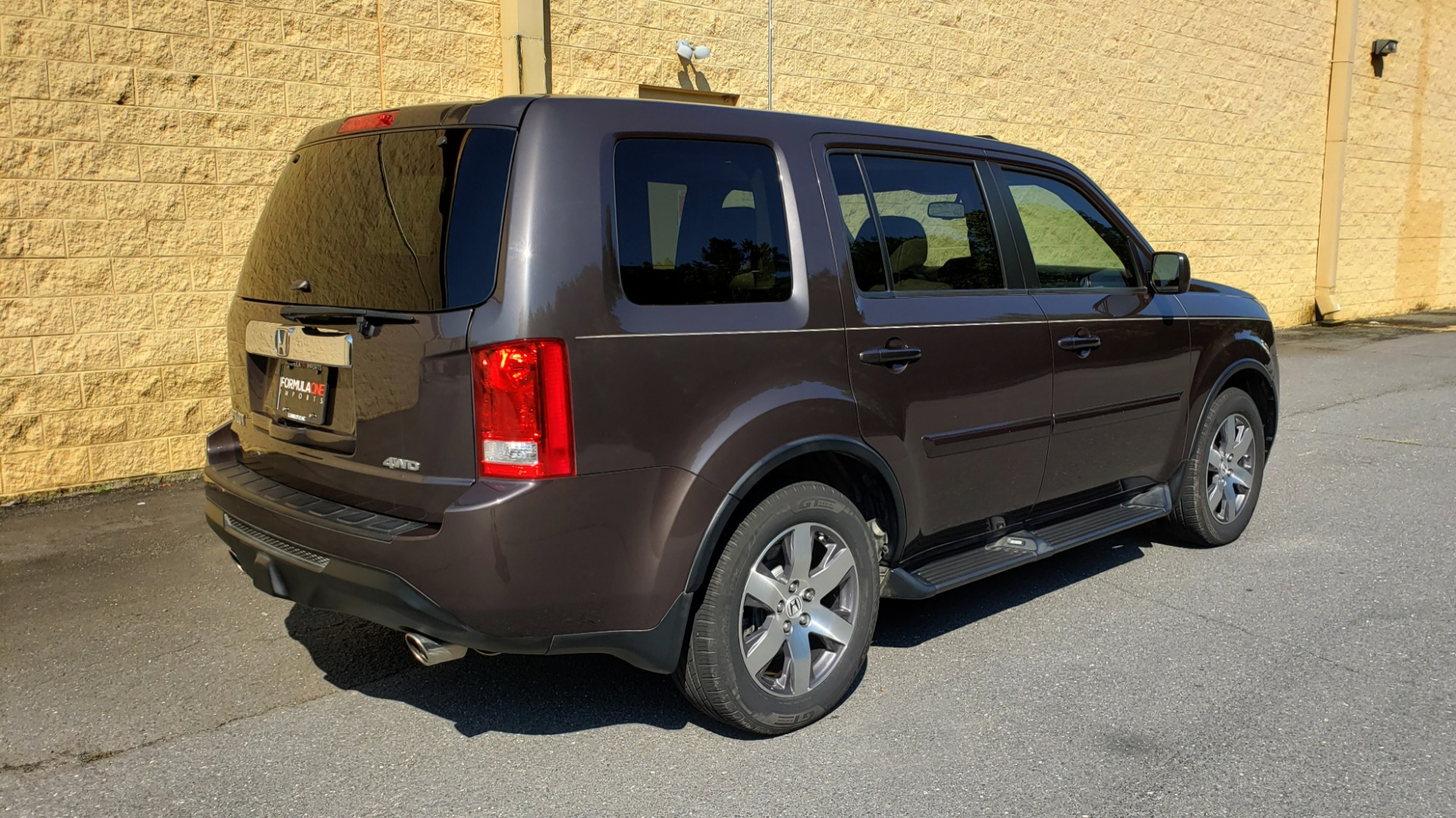 Used 2014 Honda PILOT EX-L / SUNROOF / HTD STS / DUAL-ZONE CLIMATE / REARVIEW for sale Sold at Formula Imports in Charlotte NC 28227 6