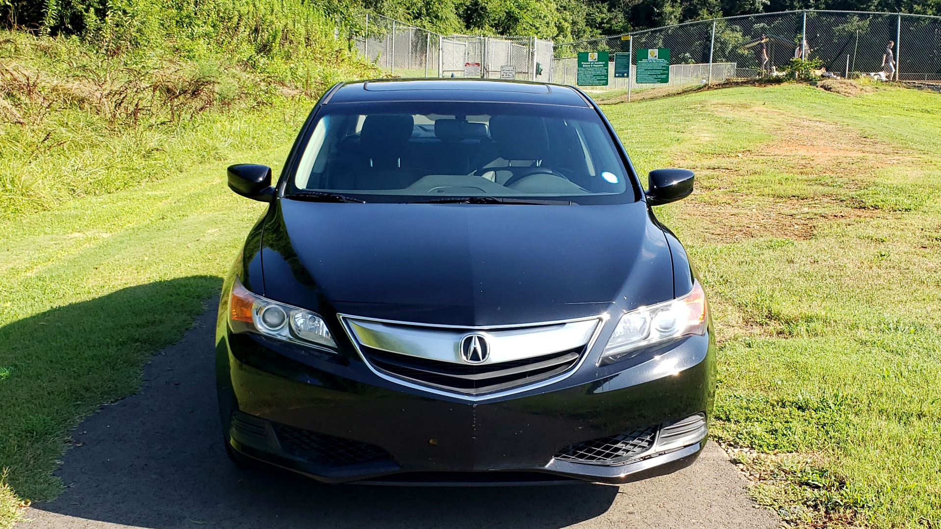 Used 2014 Acura ILX 4DR-SEDAN 2.0L / 5-SPD AUTO / SNRF / DUAL-ZONE CLIMATE / REARVIEW for sale Sold at Formula Imports in Charlotte NC 28227 9