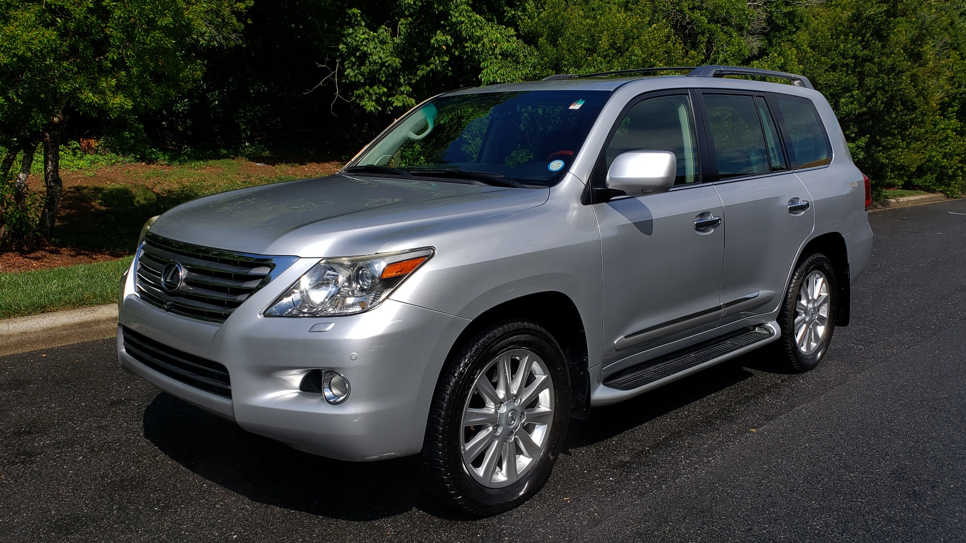 Used 2008 Lexus LX 570 4WD NAV / TECHNOLOGY PKG / 3-ROW / SUNROOF / REARVIEW for sale Sold at Formula Imports in Charlotte NC 28227 1