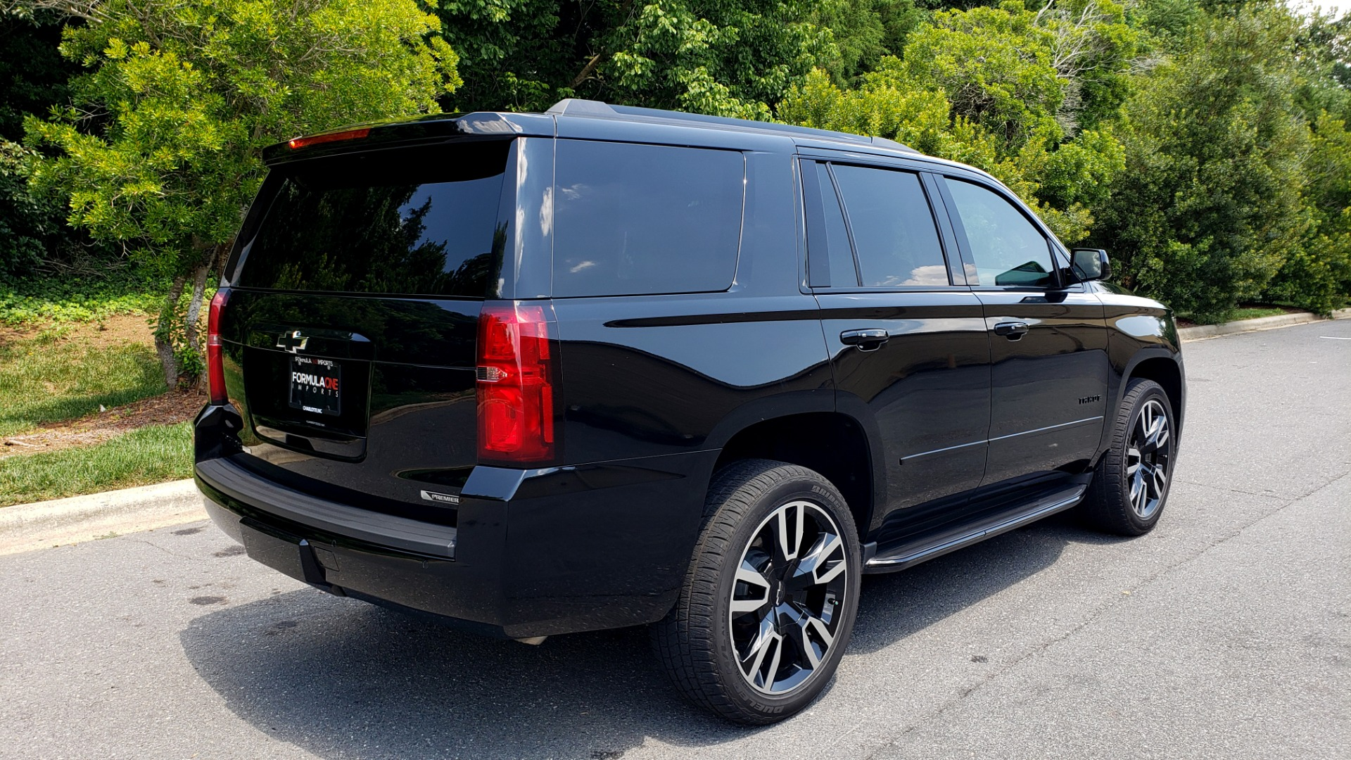 Used 2018 Chevrolet TAHOE PREMIER 4WD / RST EDIT / NAV / SUNROOF / CAMERA / 3-ROW for sale Sold at Formula Imports in Charlotte NC 28227 6