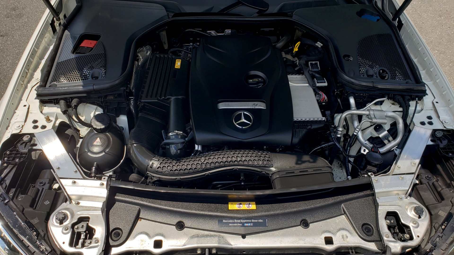 Used 2017 Mercedes-Benz E-CLASS E 300 PREMIUM / SPORT / NAV / SUNROOF / HTD STS / BSM / REARVIEW for sale $27,995 at Formula Imports in Charlotte NC 28227 11