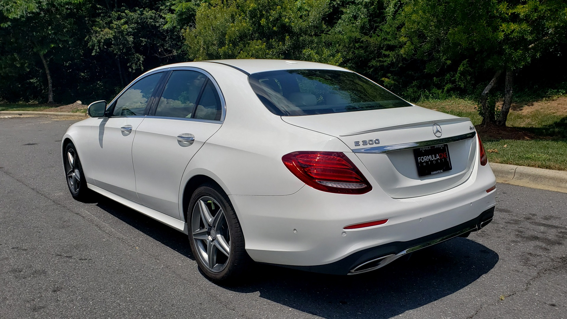 Used 2017 Mercedes-Benz E-Class E 300 Luxury for sale Sold at Formula Imports in Charlotte NC 28227 3