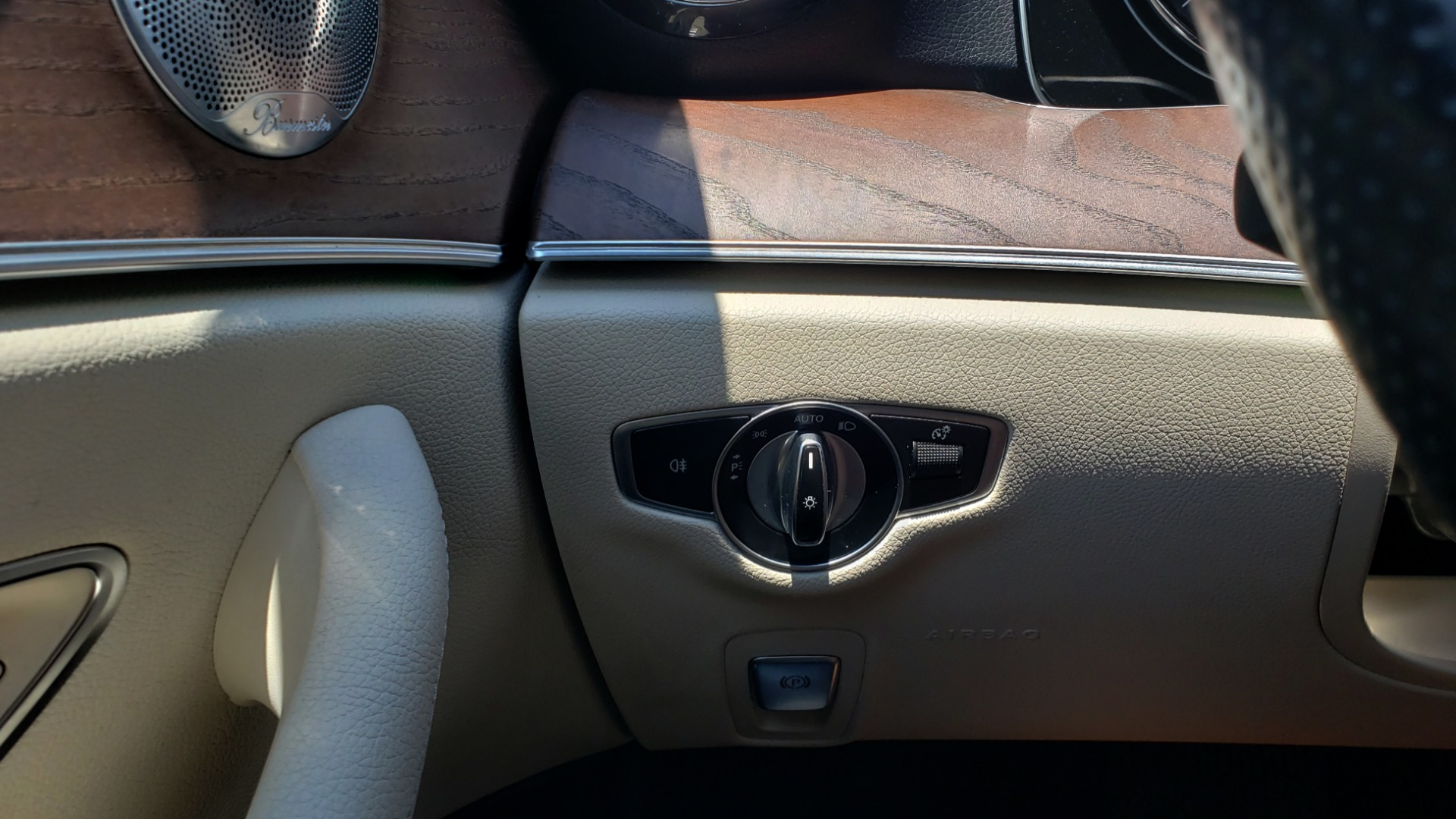 Used 2017 Mercedes-Benz E-CLASS E 300 PREMIUM / SPORT / NAV / SUNROOF / HTD STS / BSM / REARVIEW for sale $27,995 at Formula Imports in Charlotte NC 28227 36