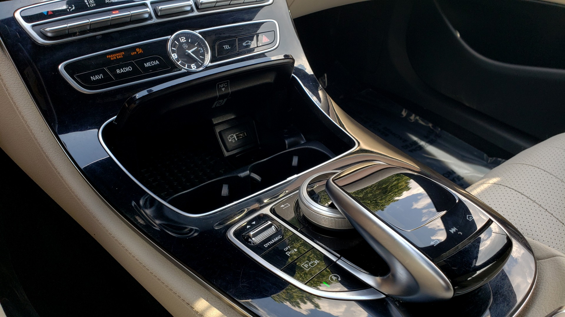 Used 2017 Mercedes-Benz E-CLASS E 300 PREMIUM / SPORT / NAV / SUNROOF / HTD STS / BSM / REARVIEW for sale $27,995 at Formula Imports in Charlotte NC 28227 44