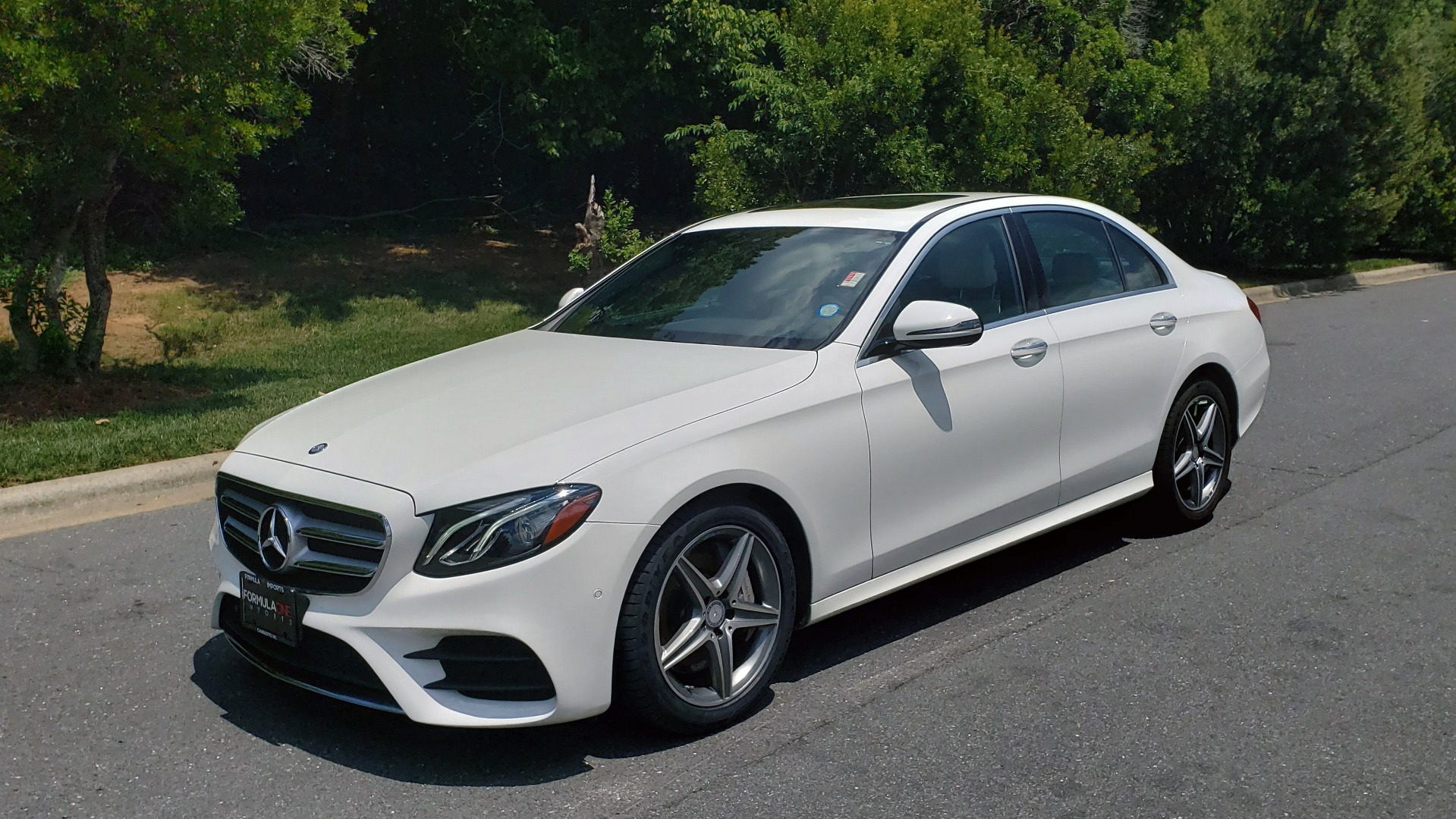 Used 2017 Mercedes-Benz E-CLASS E 300 PREMIUM / SPORT / NAV / SUNROOF / HTD STS / BSM / REARVIEW for sale $27,995 at Formula Imports in Charlotte NC 28227 1